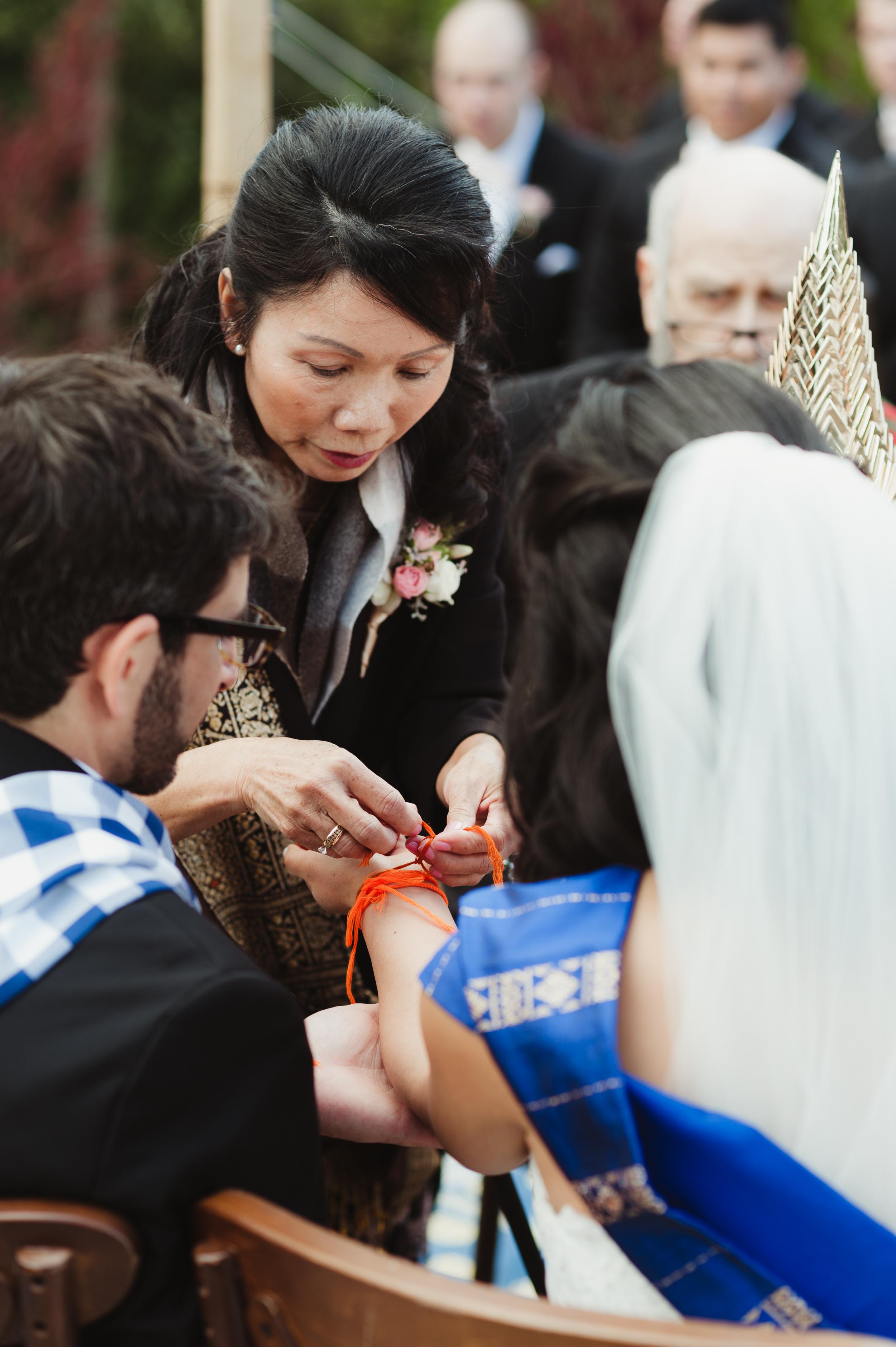 23-woodside-backyard-wedding-vivianchen-0416.jpg