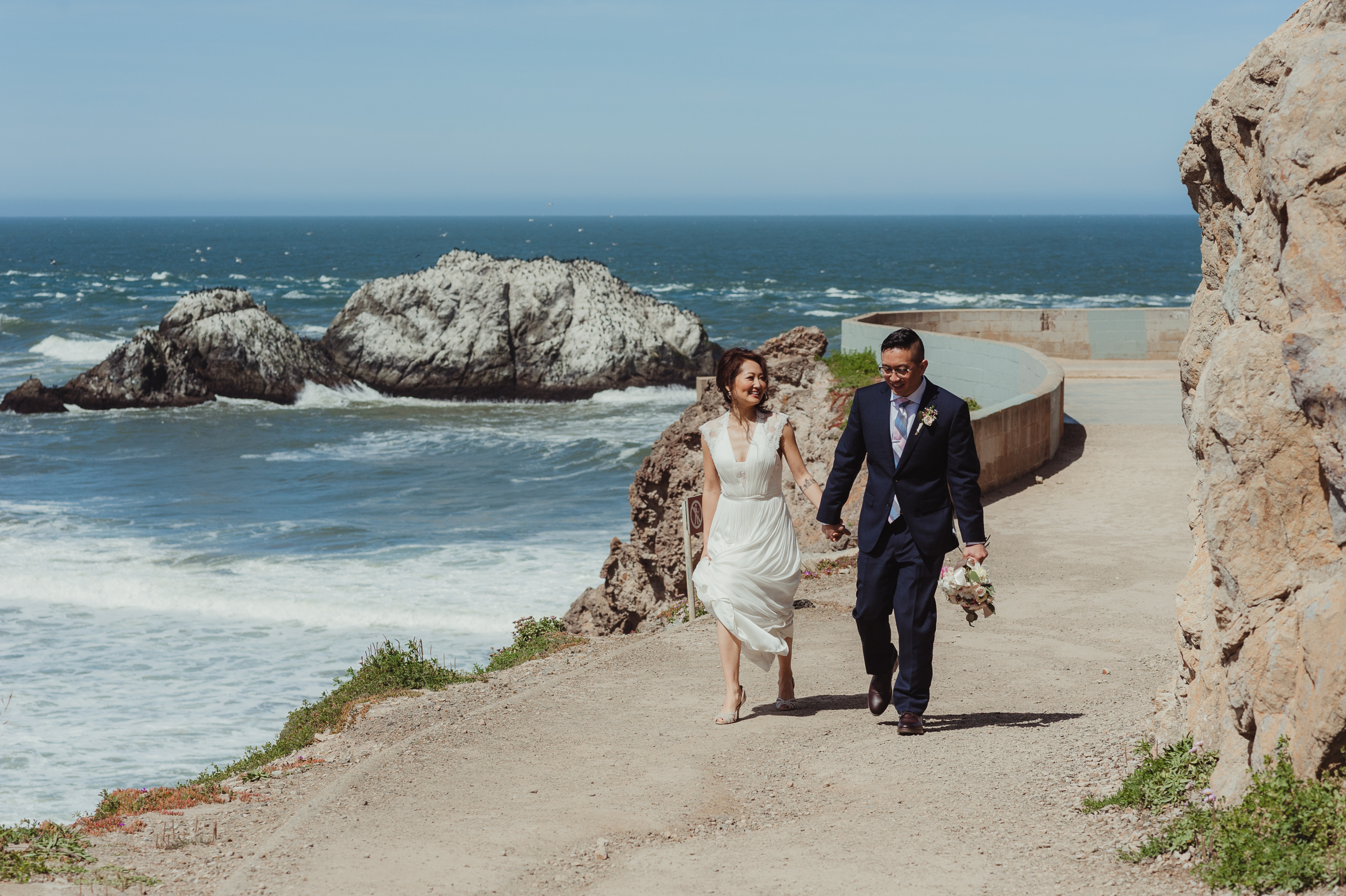29-sf-city-hall-wedding-lands-end-vivianchen-306.jpg