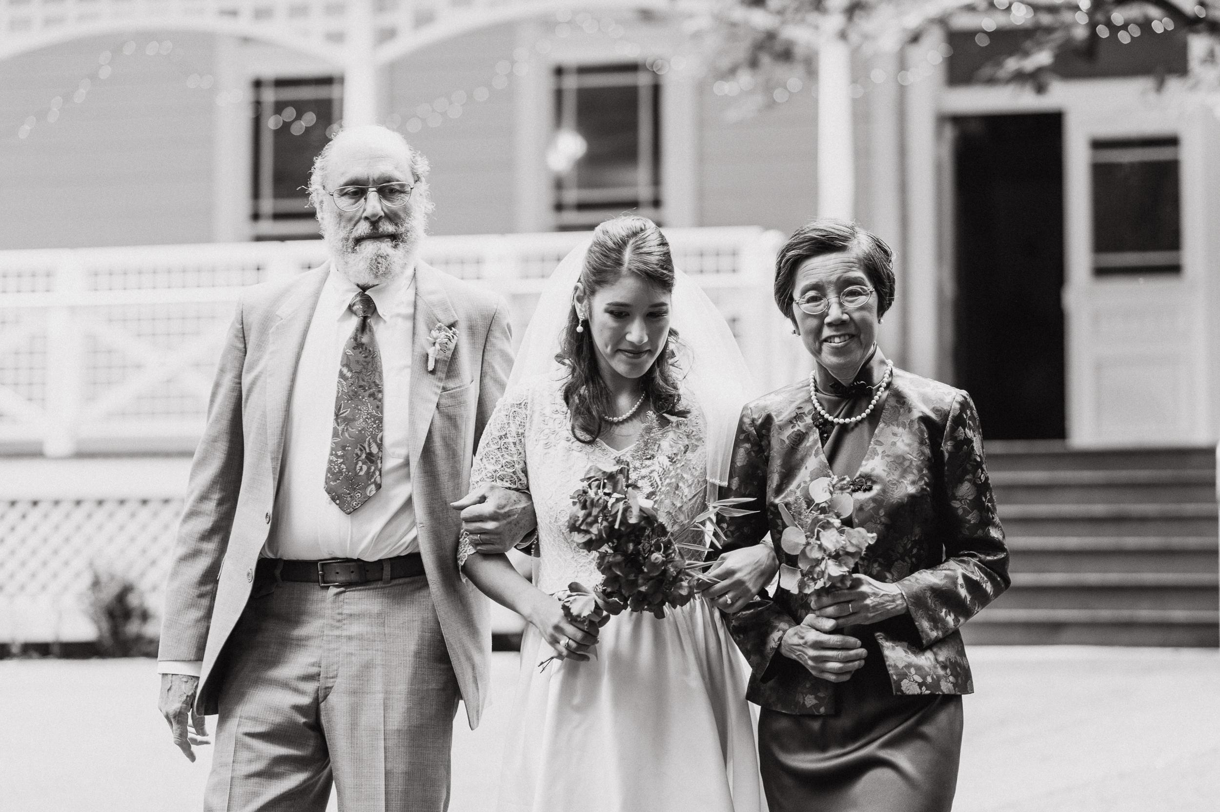 25vintage-san-francisco-stern-grove-wedding-vivianchen-0133.jpg