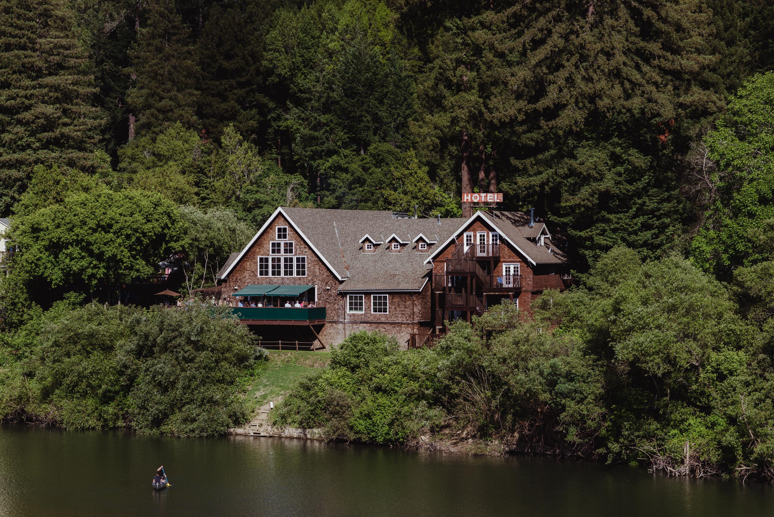 003-highland-dell-lodge-russian-river-wedding-vivianchen-016.jpg
