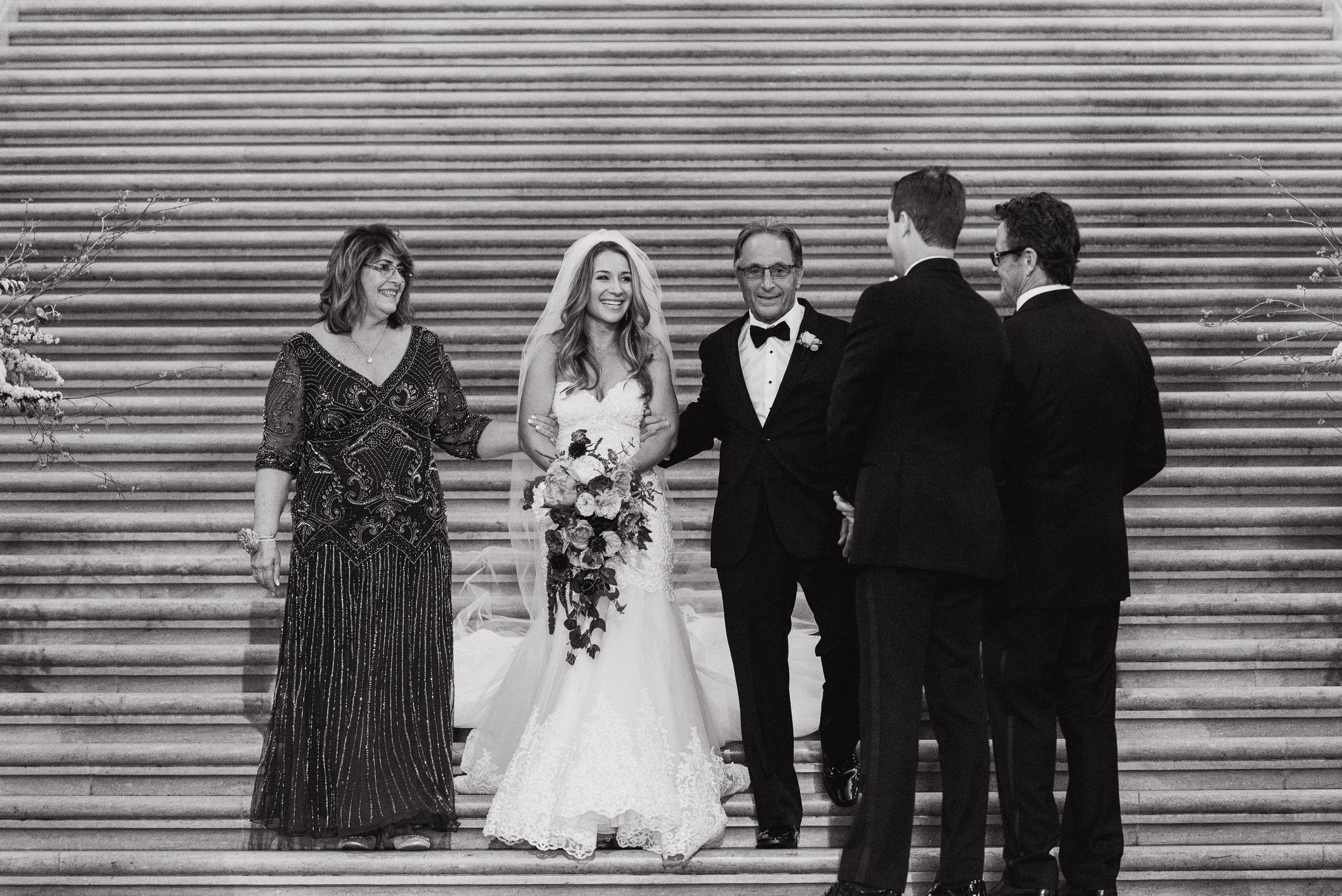 37-elegant-san-francisco-city-hall-wedding-vivianchen-0400.jpg