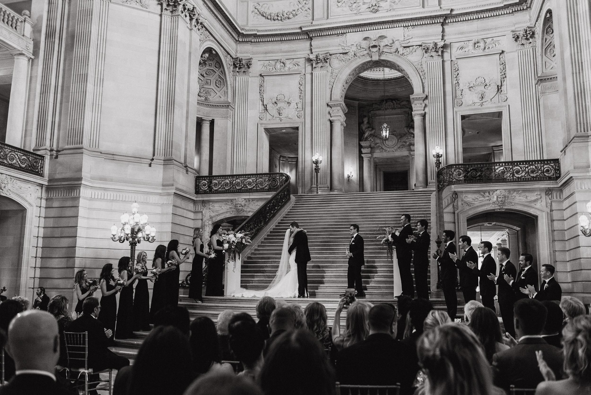41-elegant-san-francisco-city-hall-wedding-vivianchen-0494.jpg
