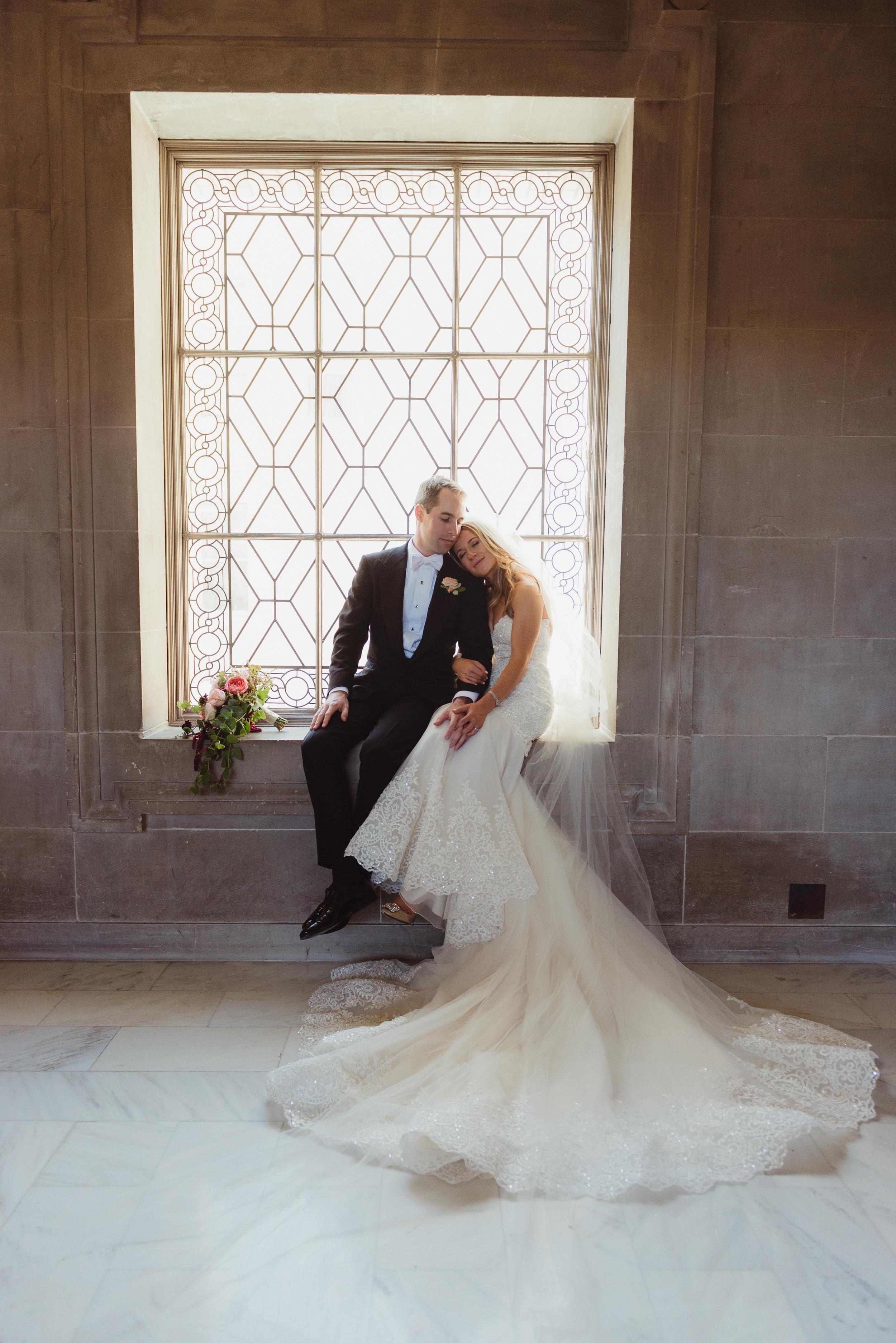 51-elegant-san-francisco-city-hall-wedding-vivianchen-0703.jpg