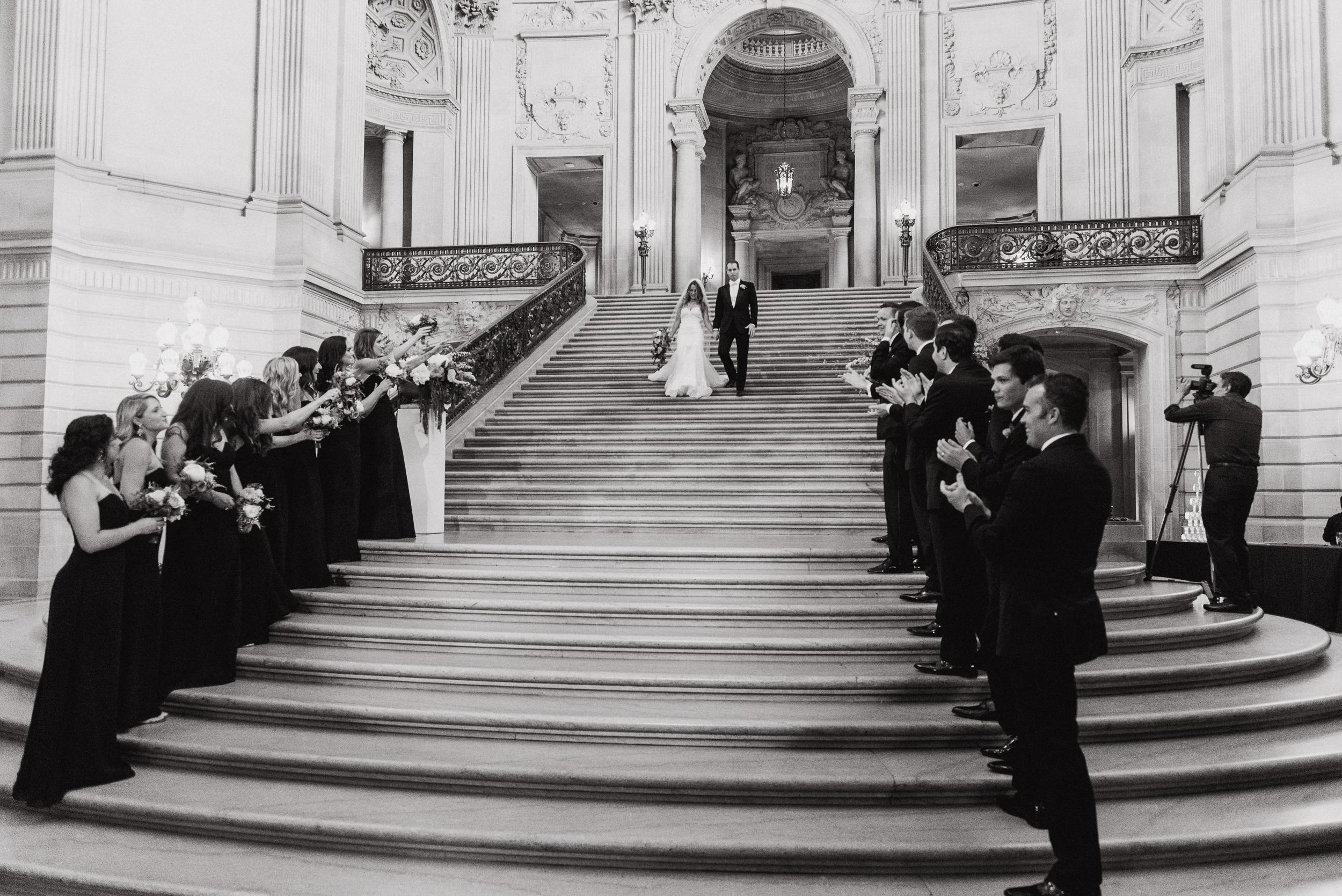72-elegant-san-francisco-city-hall-wedding-vivianchen-0823.jpg