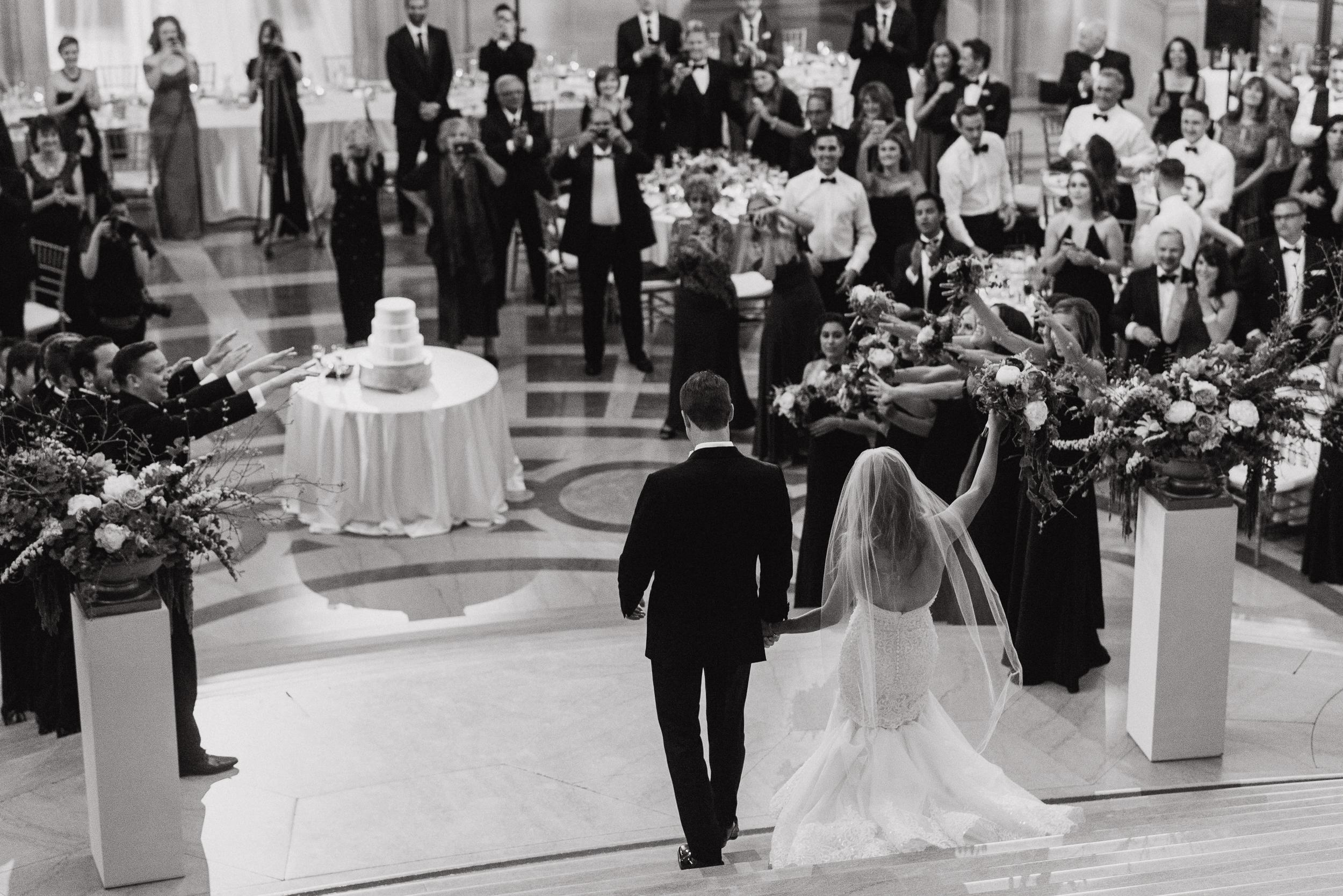 73-elegant-san-francisco-city-hall-wedding-vivianchen-0824.jpg