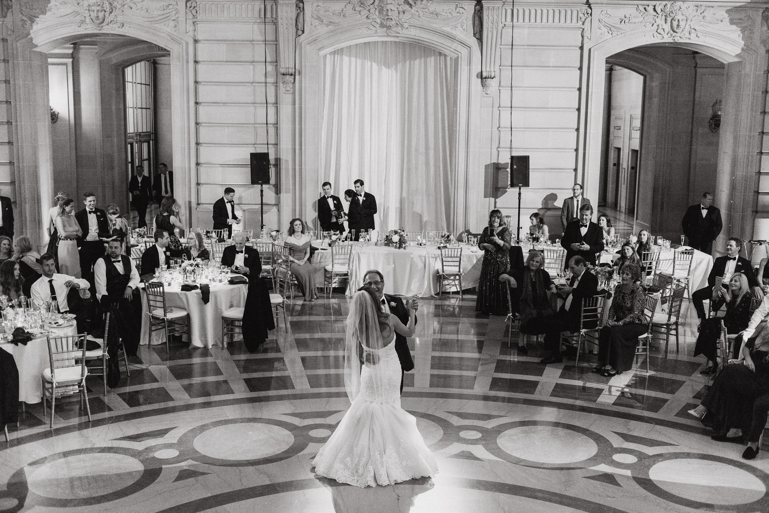 88-elegant-san-francisco-city-hall-wedding-vivianchen-1078.jpg