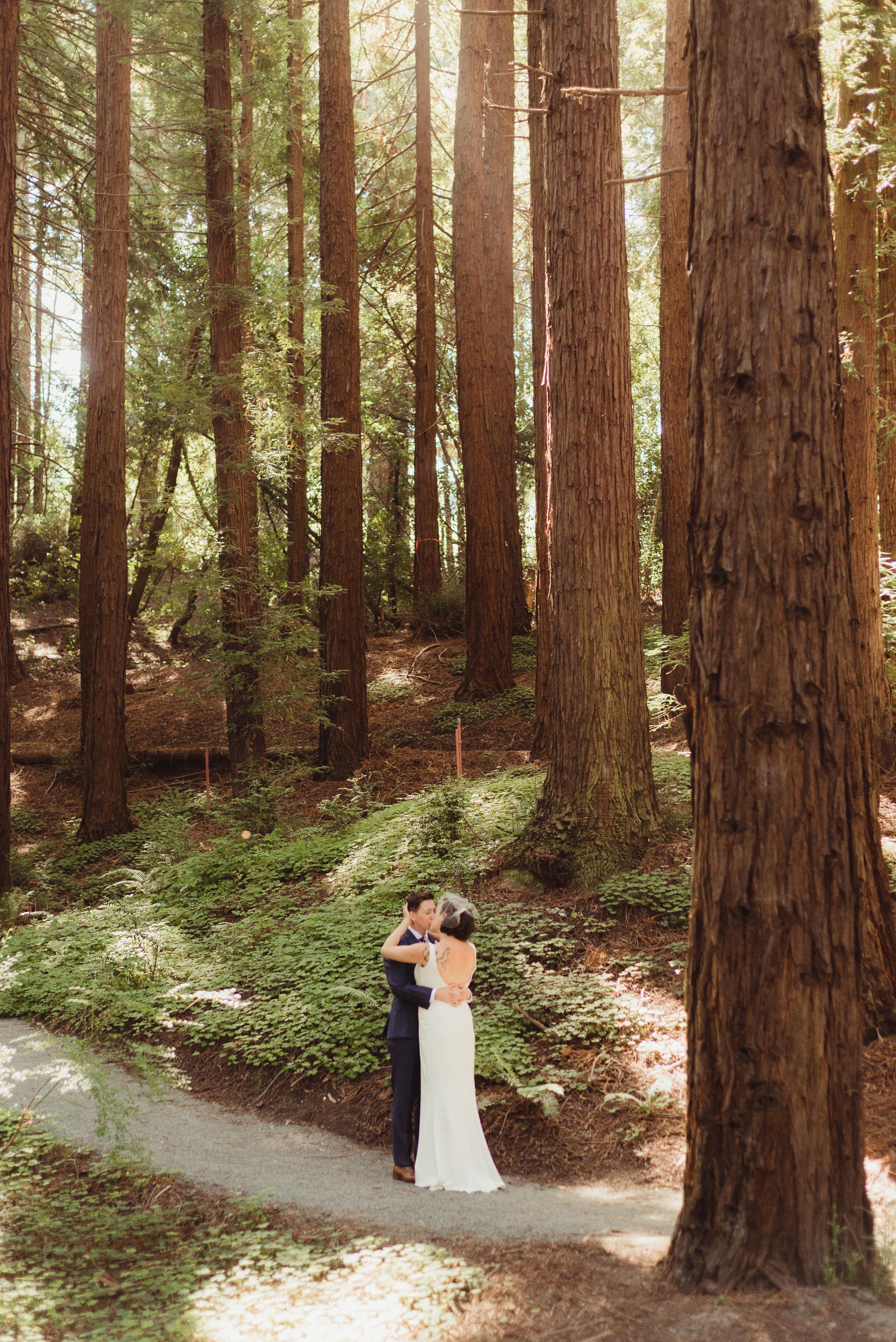 lgbtq-uc-berkeley-botanical-garden-wedding-vivianchen-047.jpg
