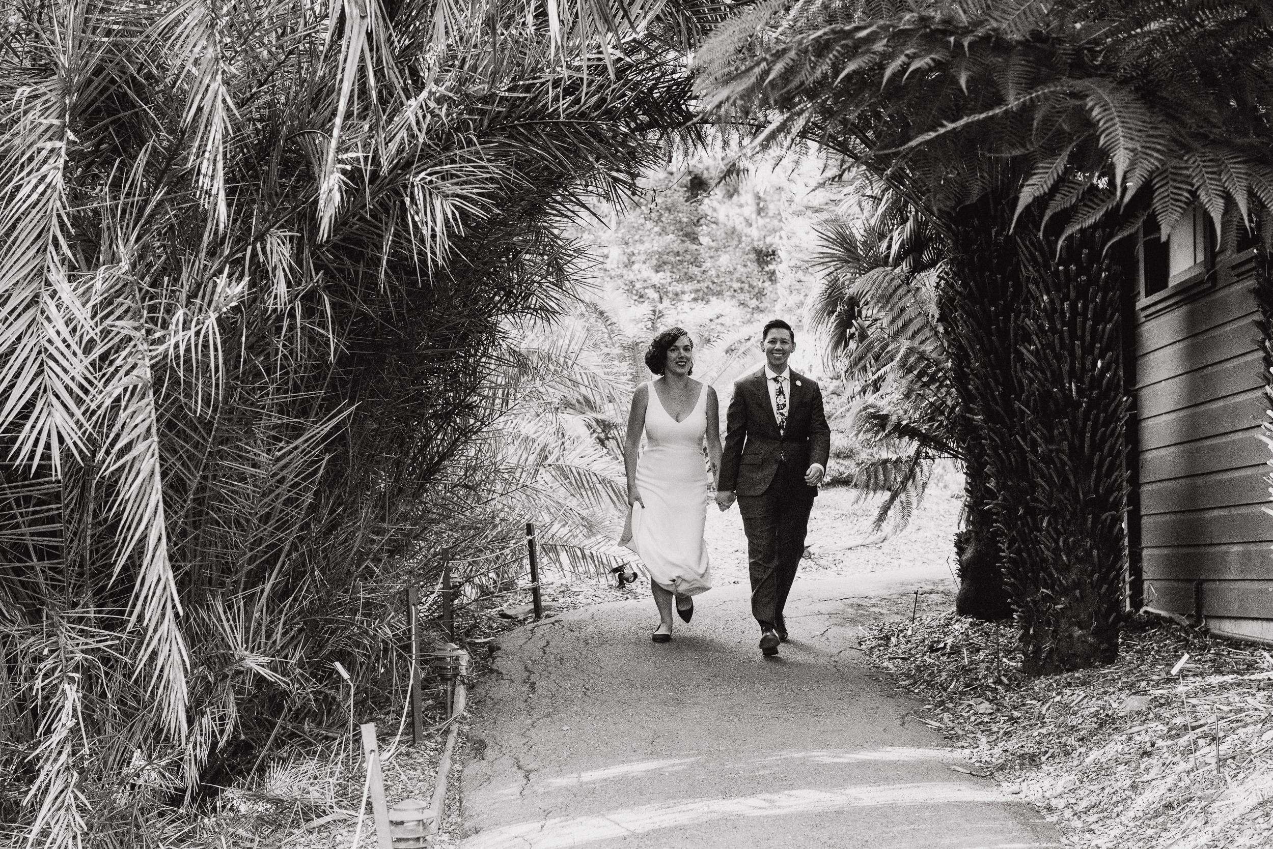 lgbtq-uc-berkeley-botanical-garden-wedding-vivianchen-063.jpg