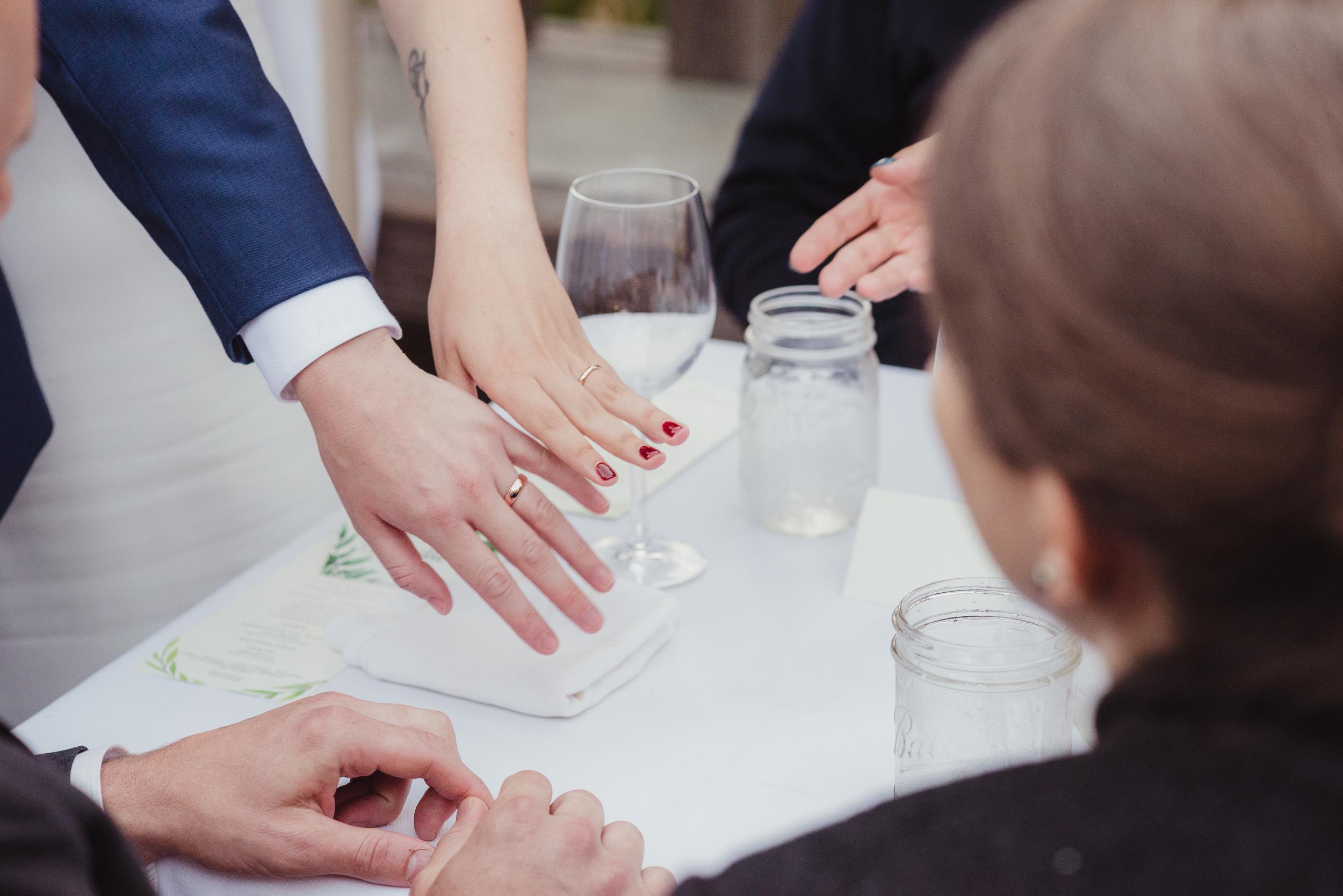 lgbtq-uc-berkeley-botanical-garden-wedding-vivianchen-080.jpg