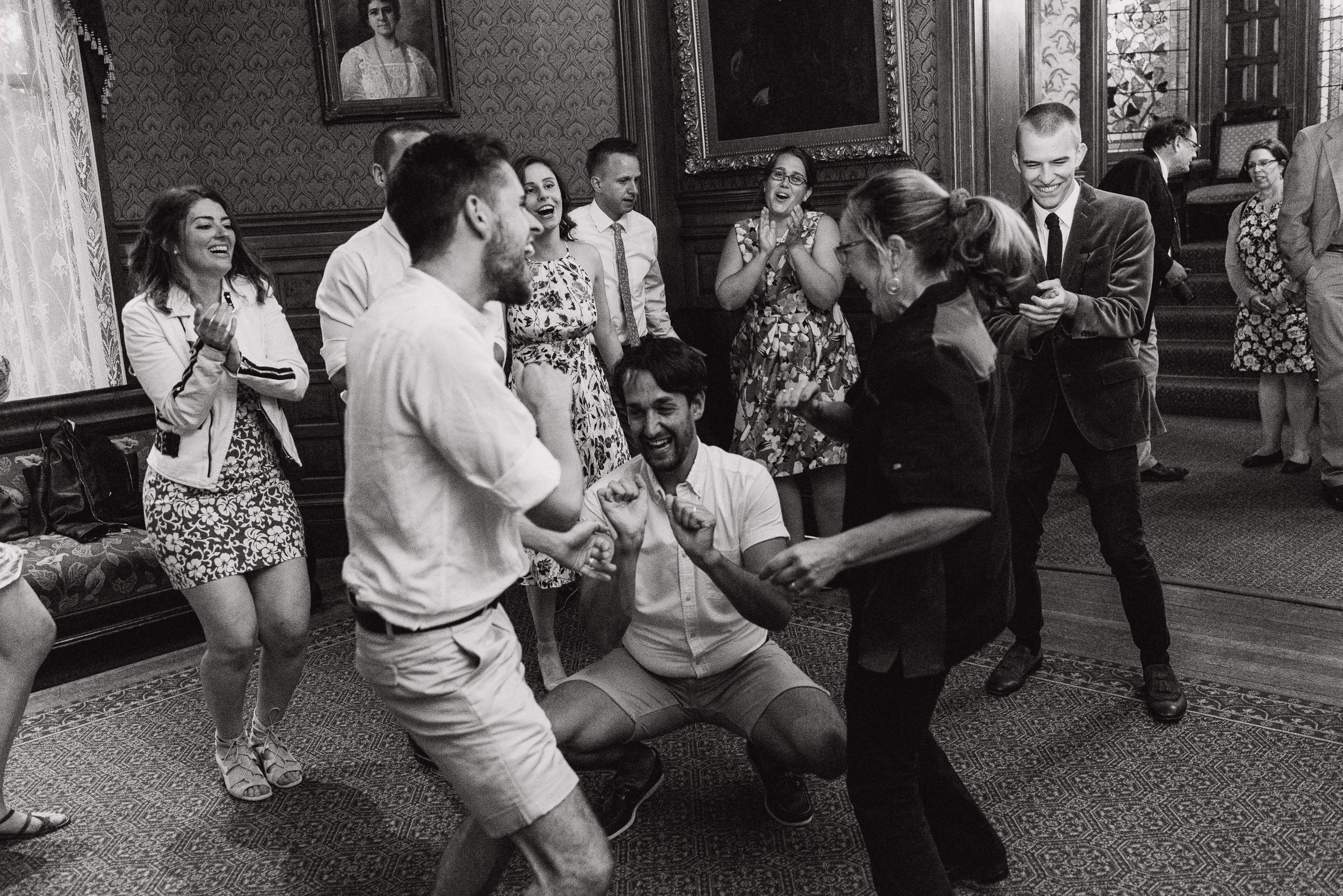 094-lgbtq-falkirk-cultural-center-wedding-photographer-vivianchen-872.jpg