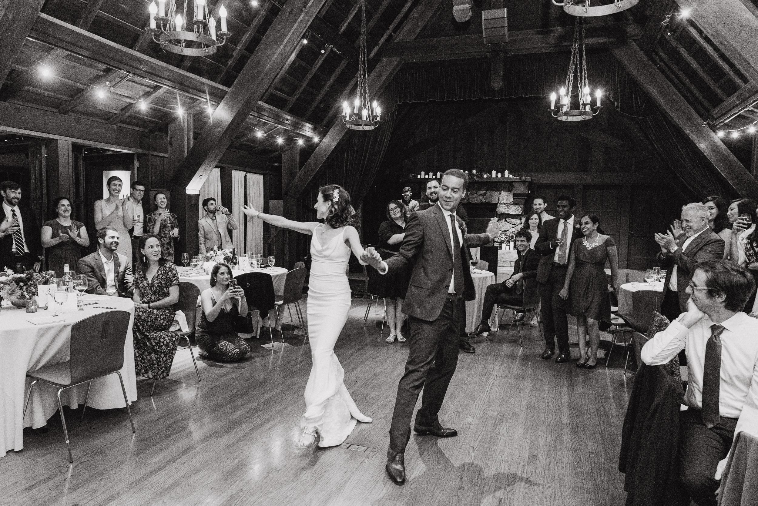 76-outdoor-art-club-wedding-vivianchen-669.jpg