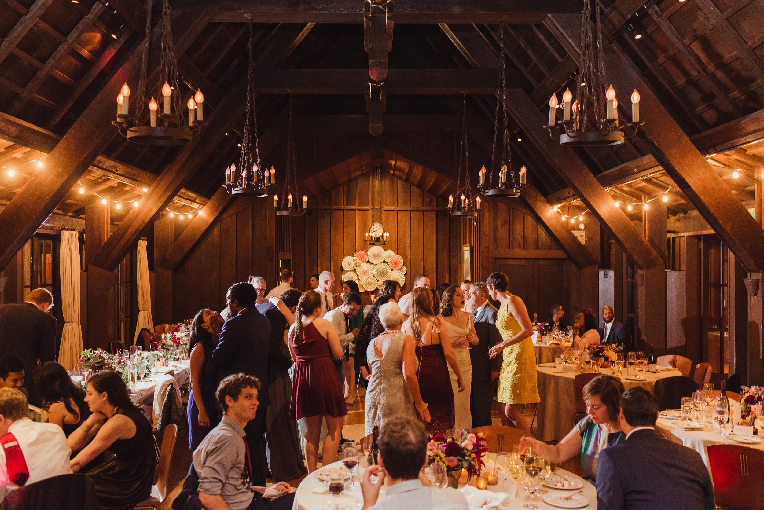 79-outdoor-art-club-wedding-vivianchen-737.jpg