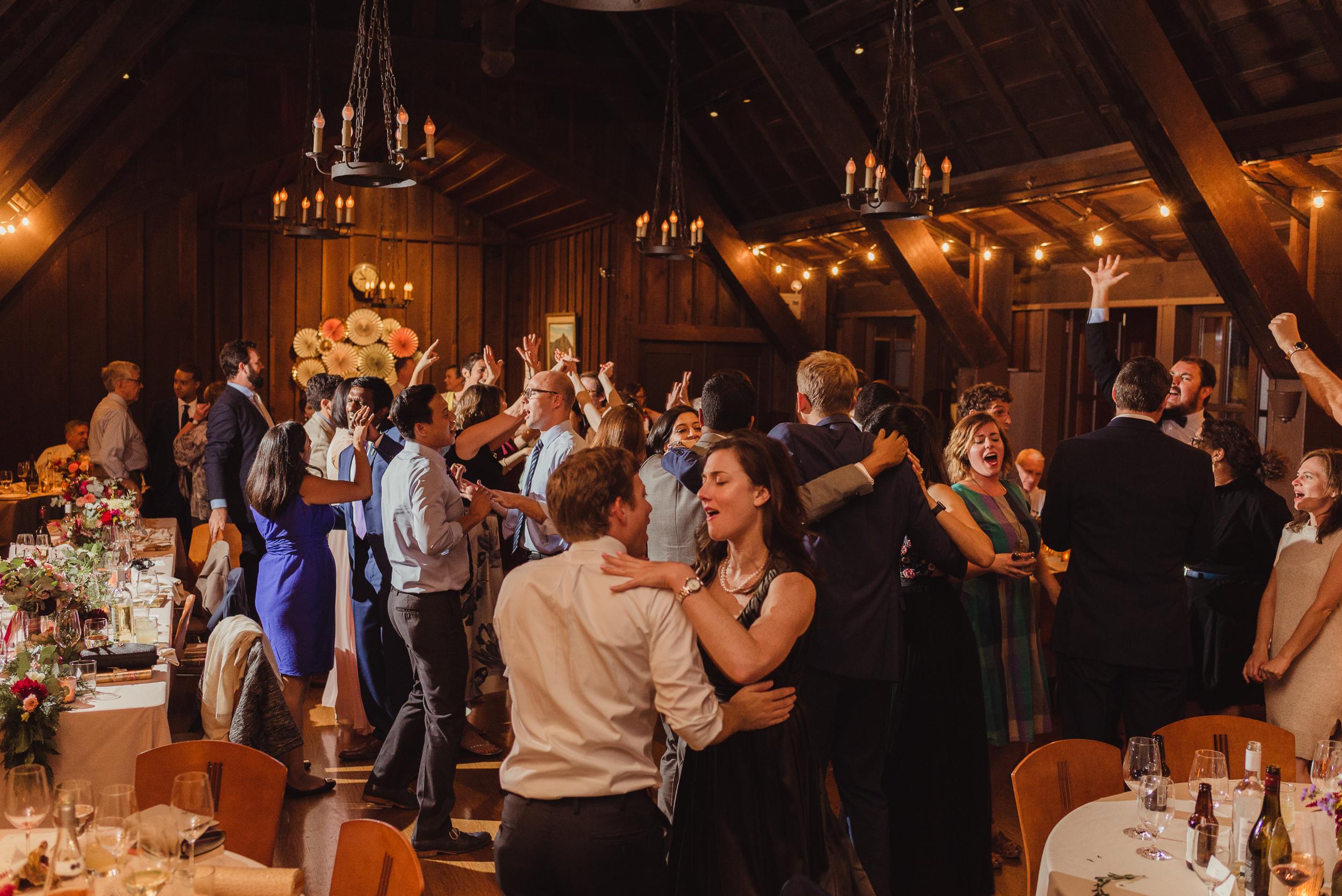 83-outdoor-art-club-wedding-vivianchen-721.jpg