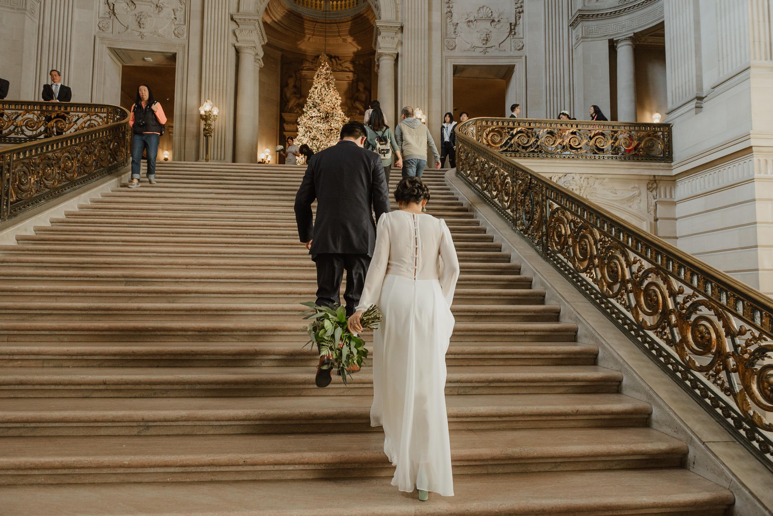 09-winter-san-francisco-city-hall-elopement-vivianchen-071.jpg