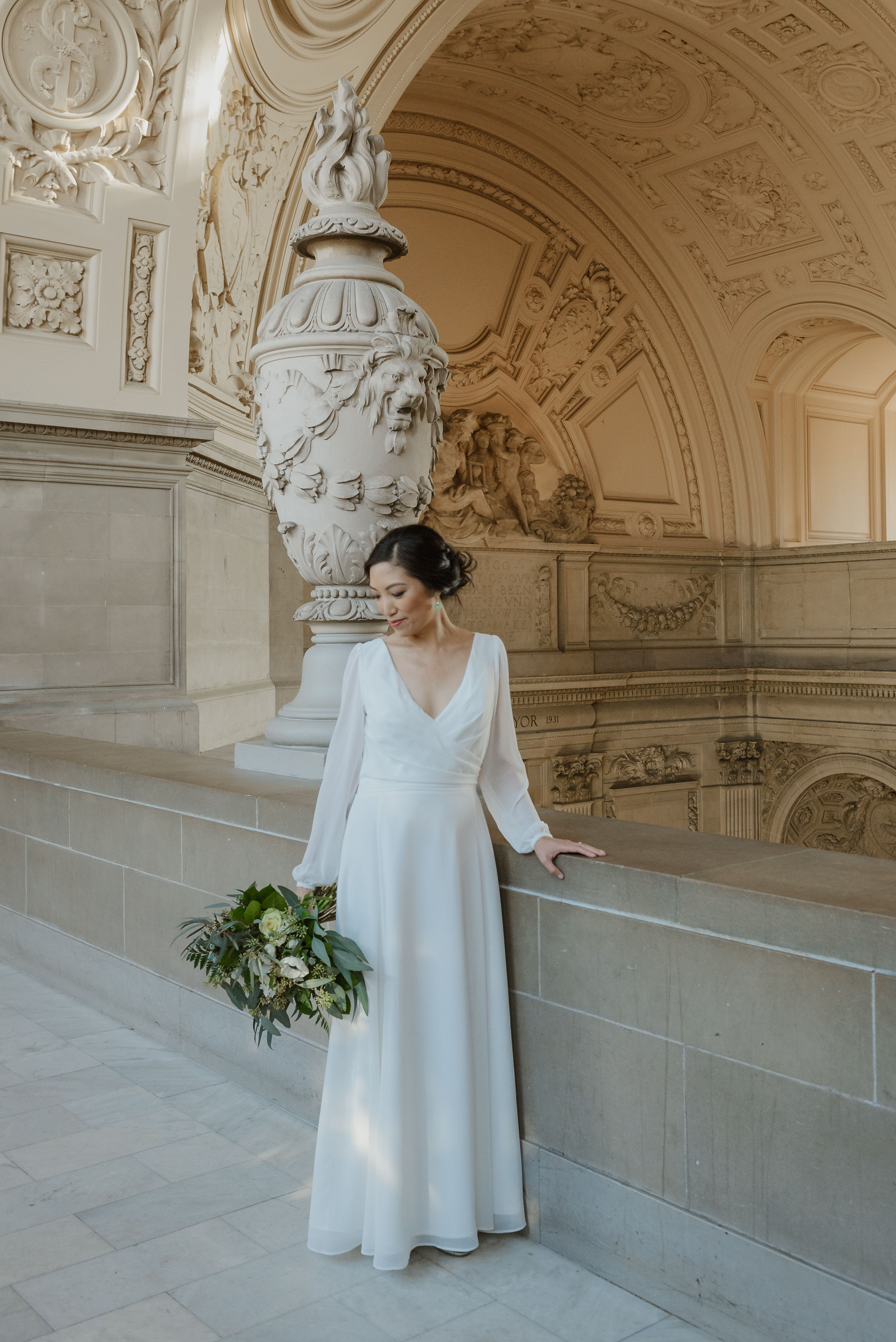 19-winter-san-francisco-city-hall-elopement-vivianchen-162.jpg