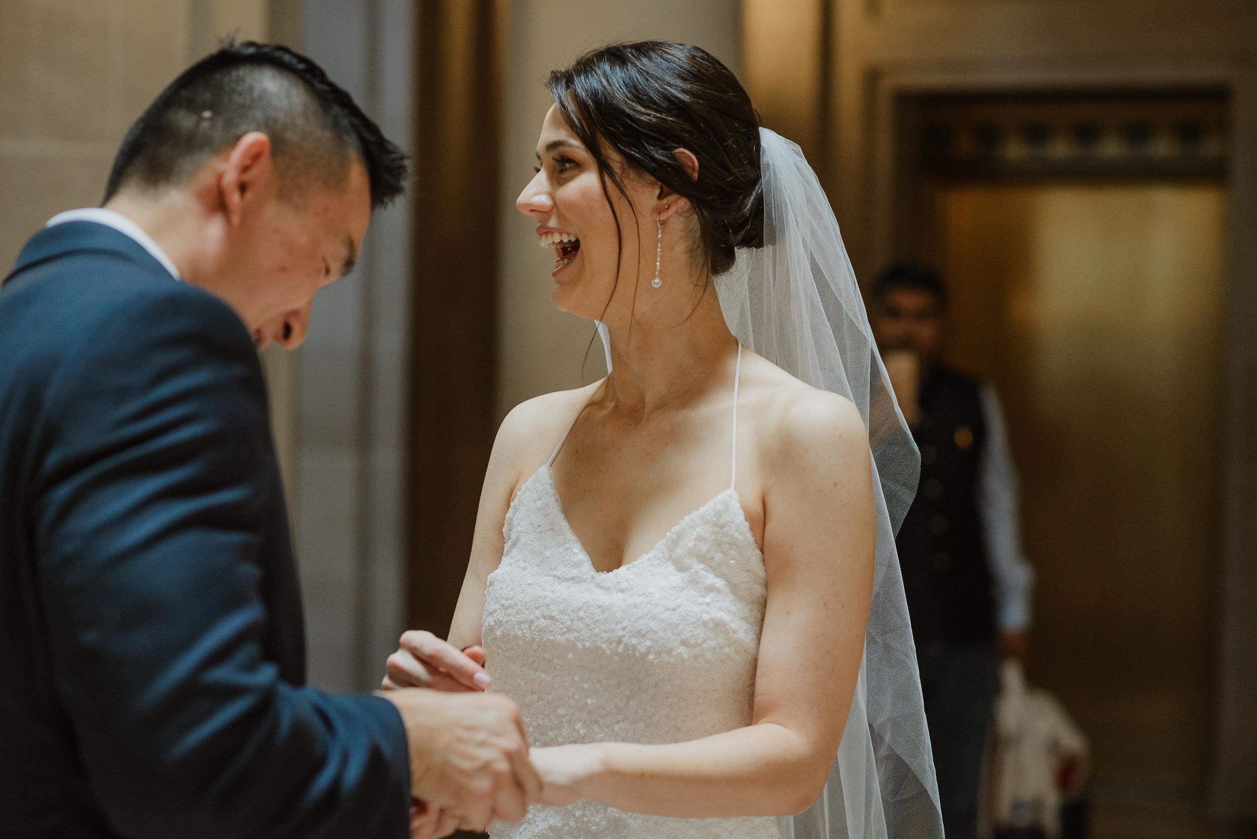 50-destination-san-francisco-city-hall-elopement-vivianchen-234.jpg