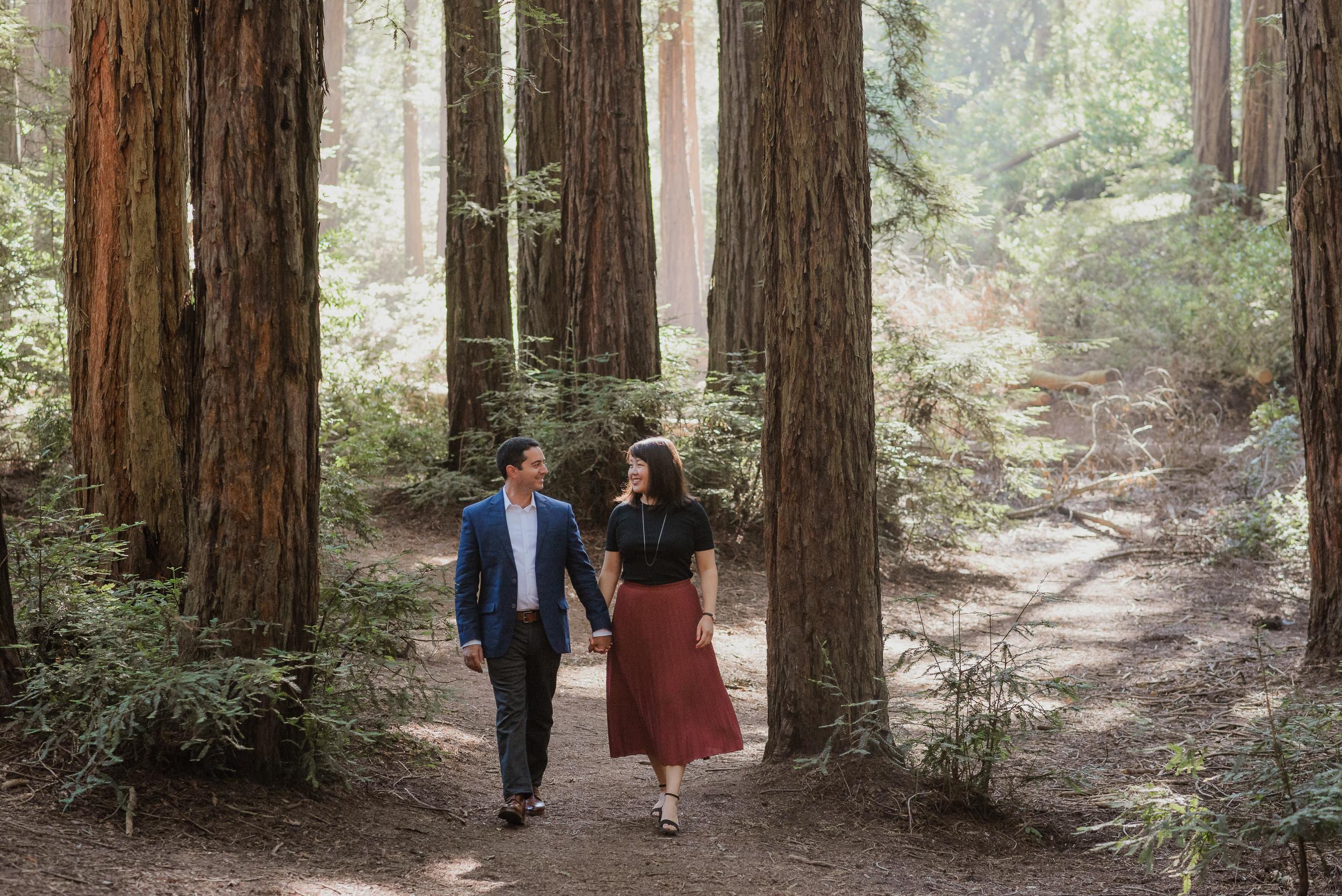 oakland-redwood-engagement-session-photographer-vivianchen-013.jpg