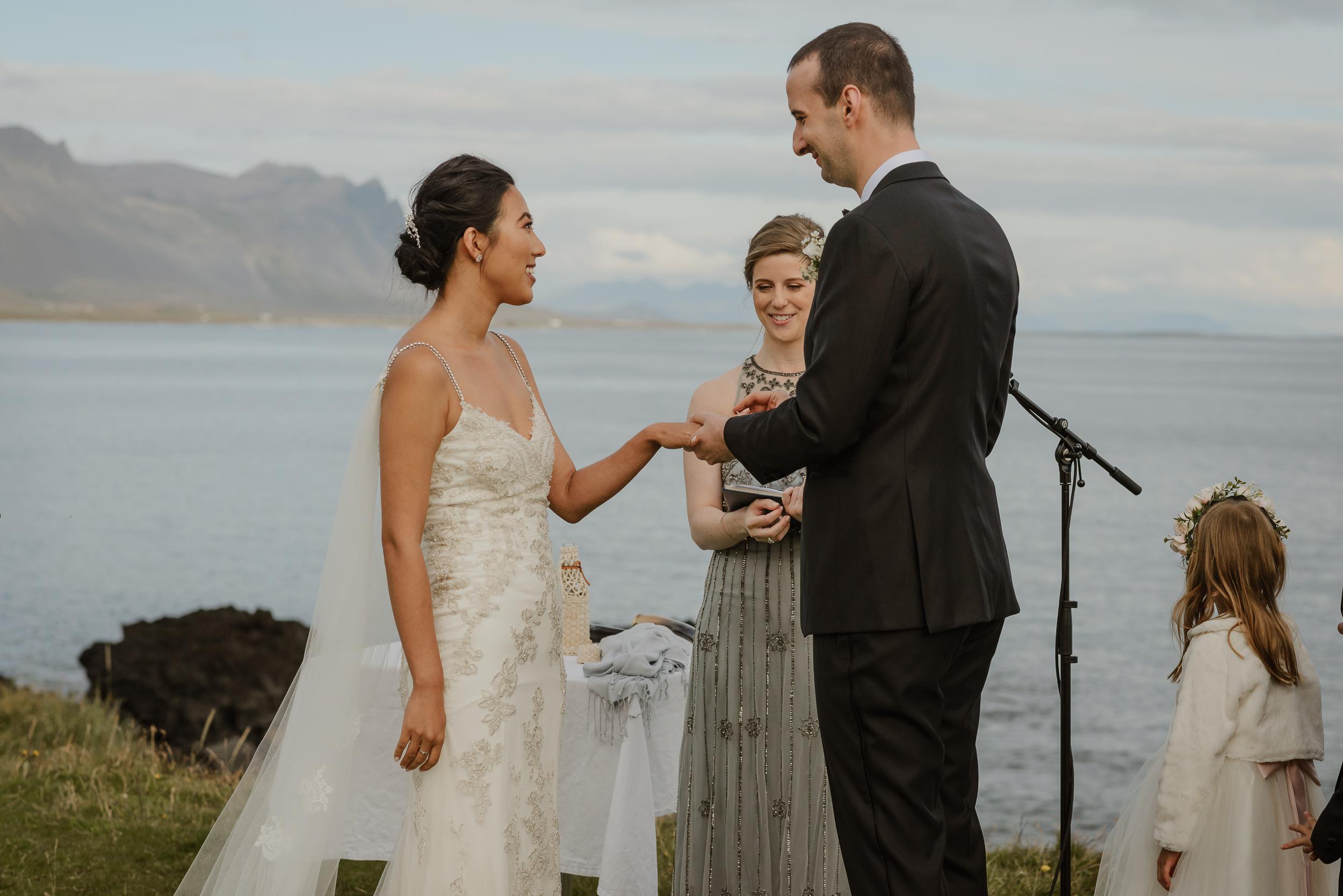 071-hotel-budir-iceland-destination-wedding-vivianchen-637.jpg