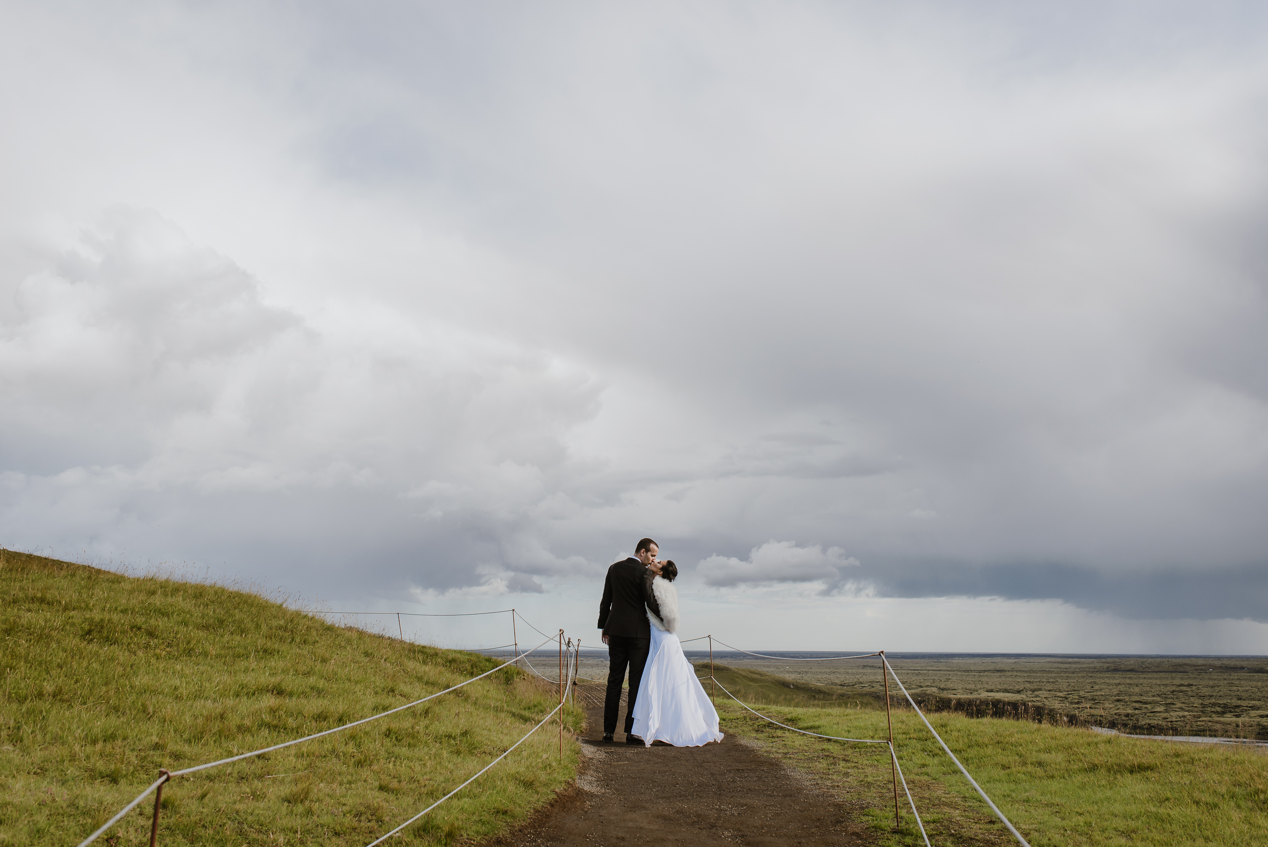 12-destination-wedding-iceland-engagement-session-vivianchen-134.jpg