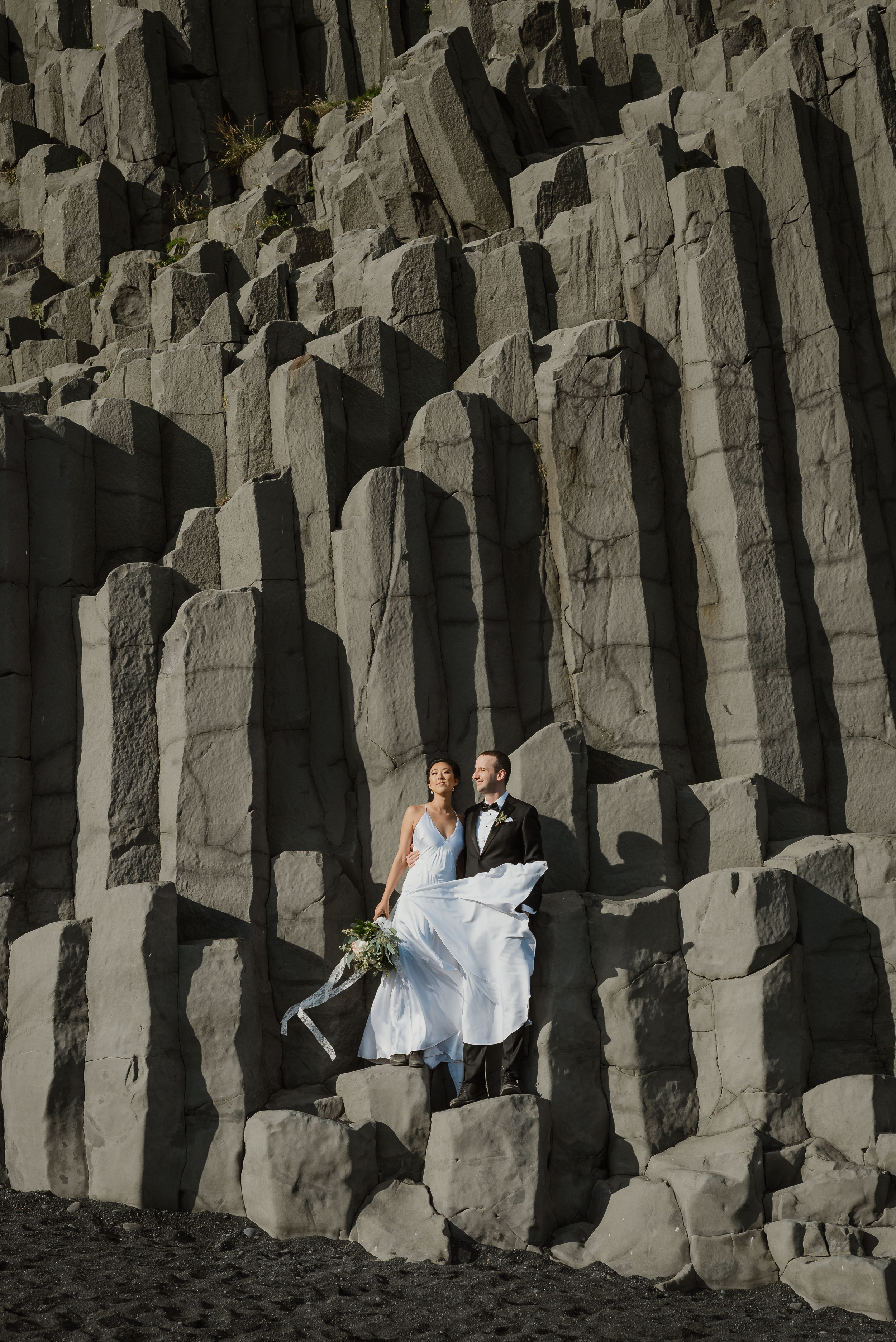 19-destination-wedding-iceland-engagement-session-vivianchen-165.jpg