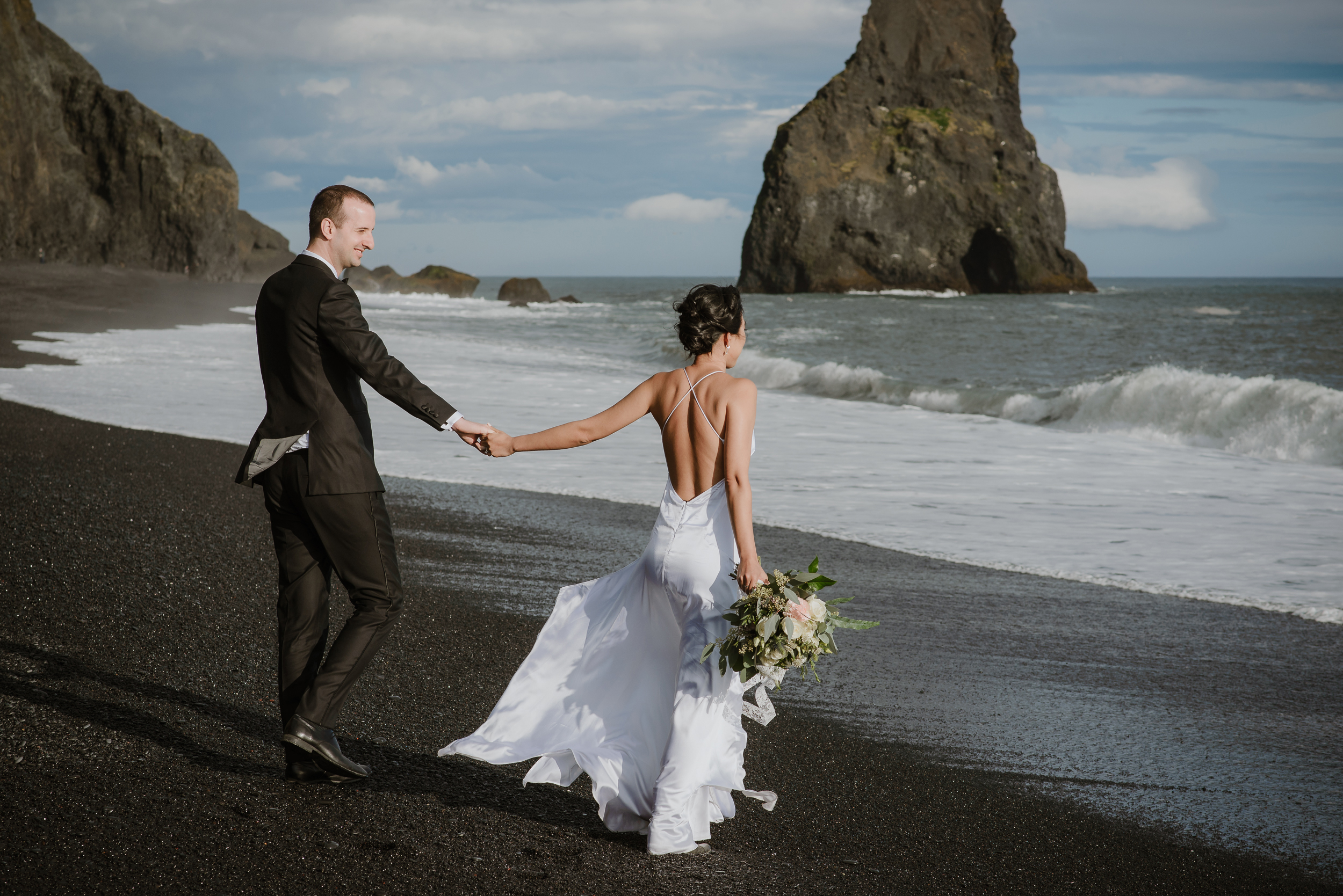 23-destination-wedding-iceland-engagement-session-vivianchen-182.jpg