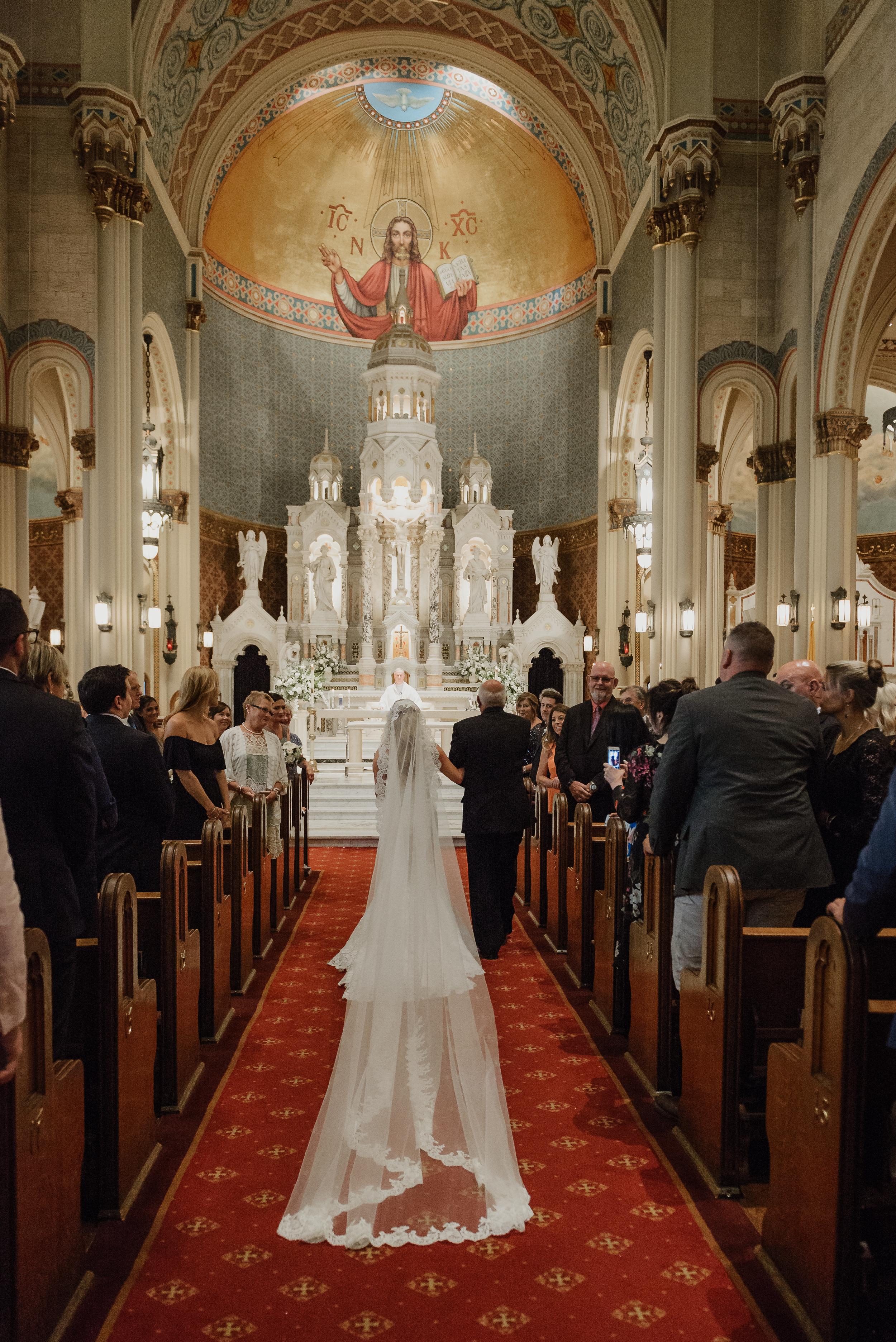 16-traditional-san-francisco-presidio-golden-gate-club-wedding-vivianchen-236.jpg