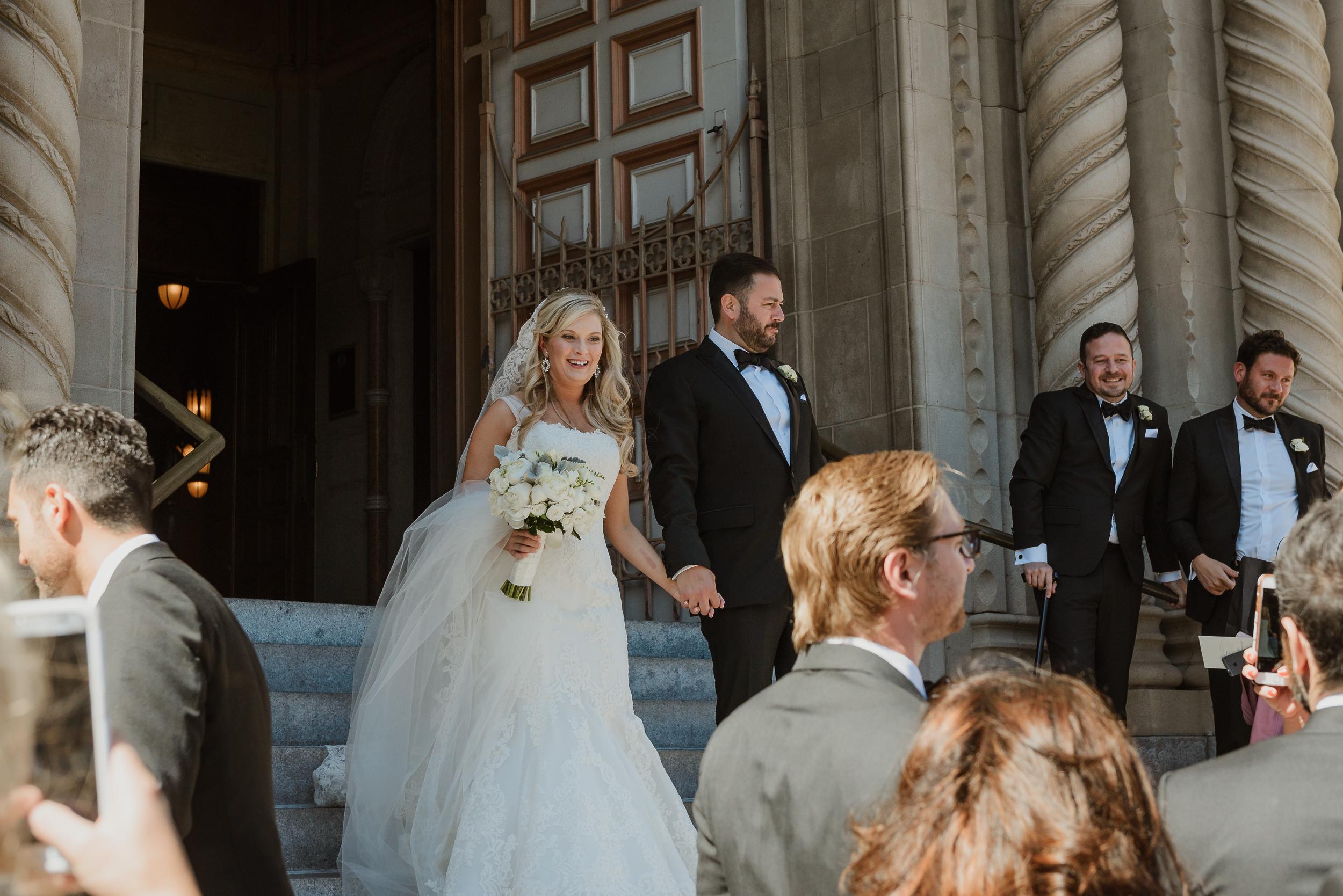 27-traditional-san-francisco-presidio-golden-gate-club-wedding-vivianchen-376.jpg