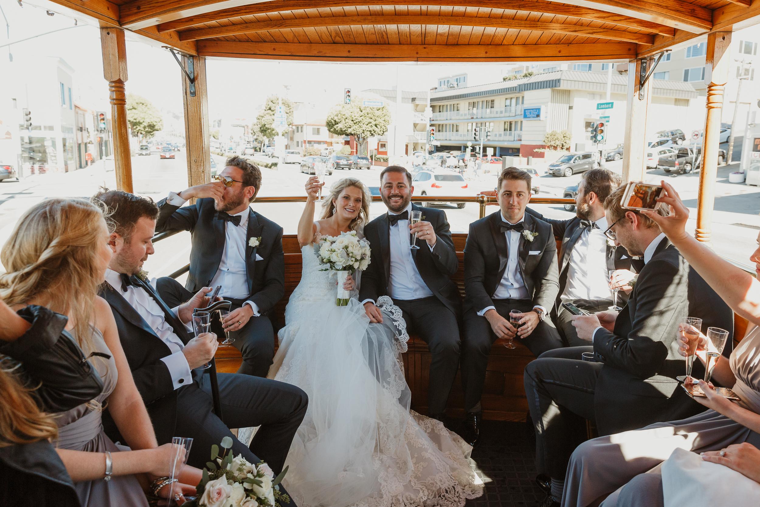 32-traditional-san-francisco-presidio-golden-gate-club-wedding-vivianchen-408.jpg
