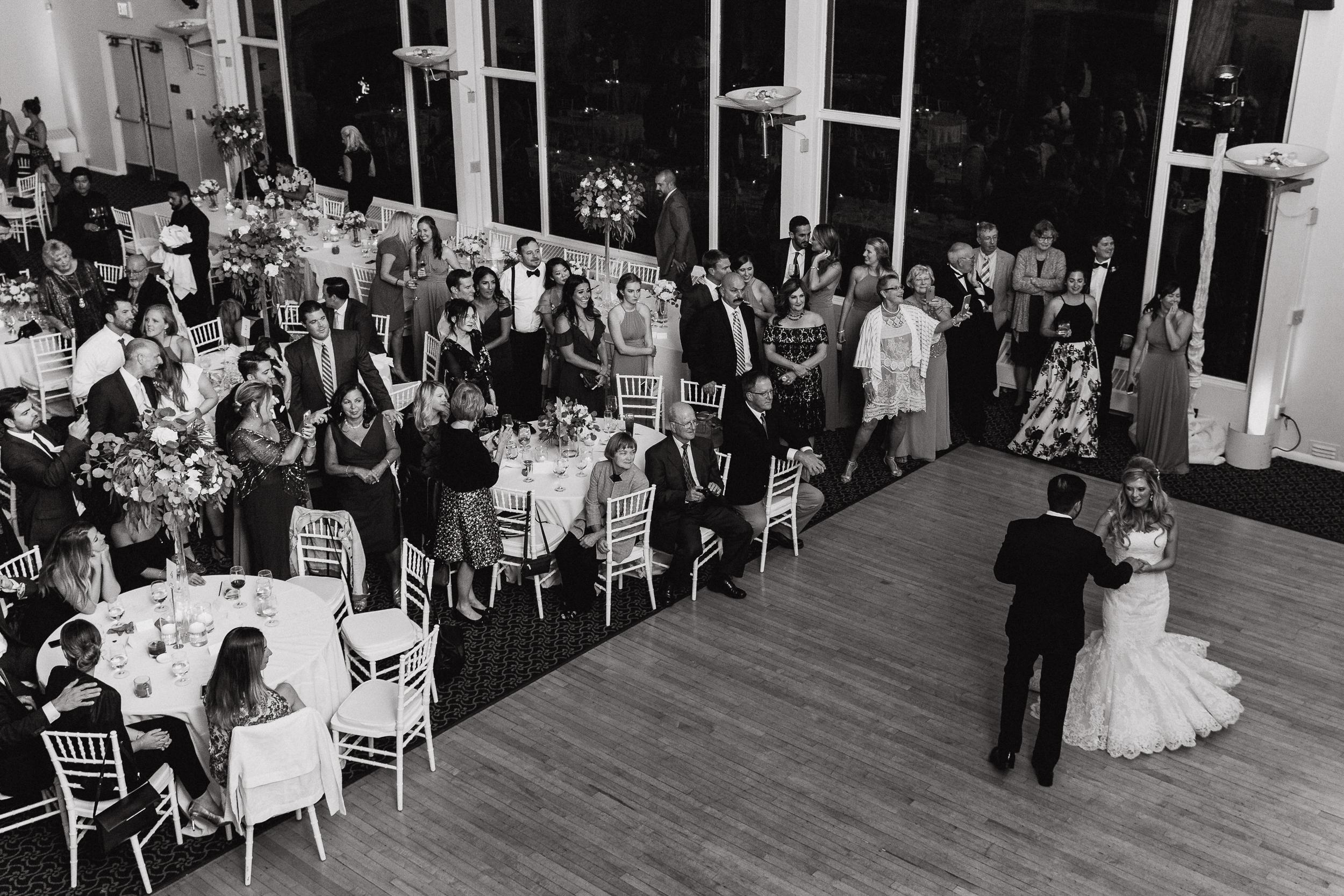 72-traditional-san-francisco-presidio-golden-gate-club-wedding-vivianchen-808.jpg