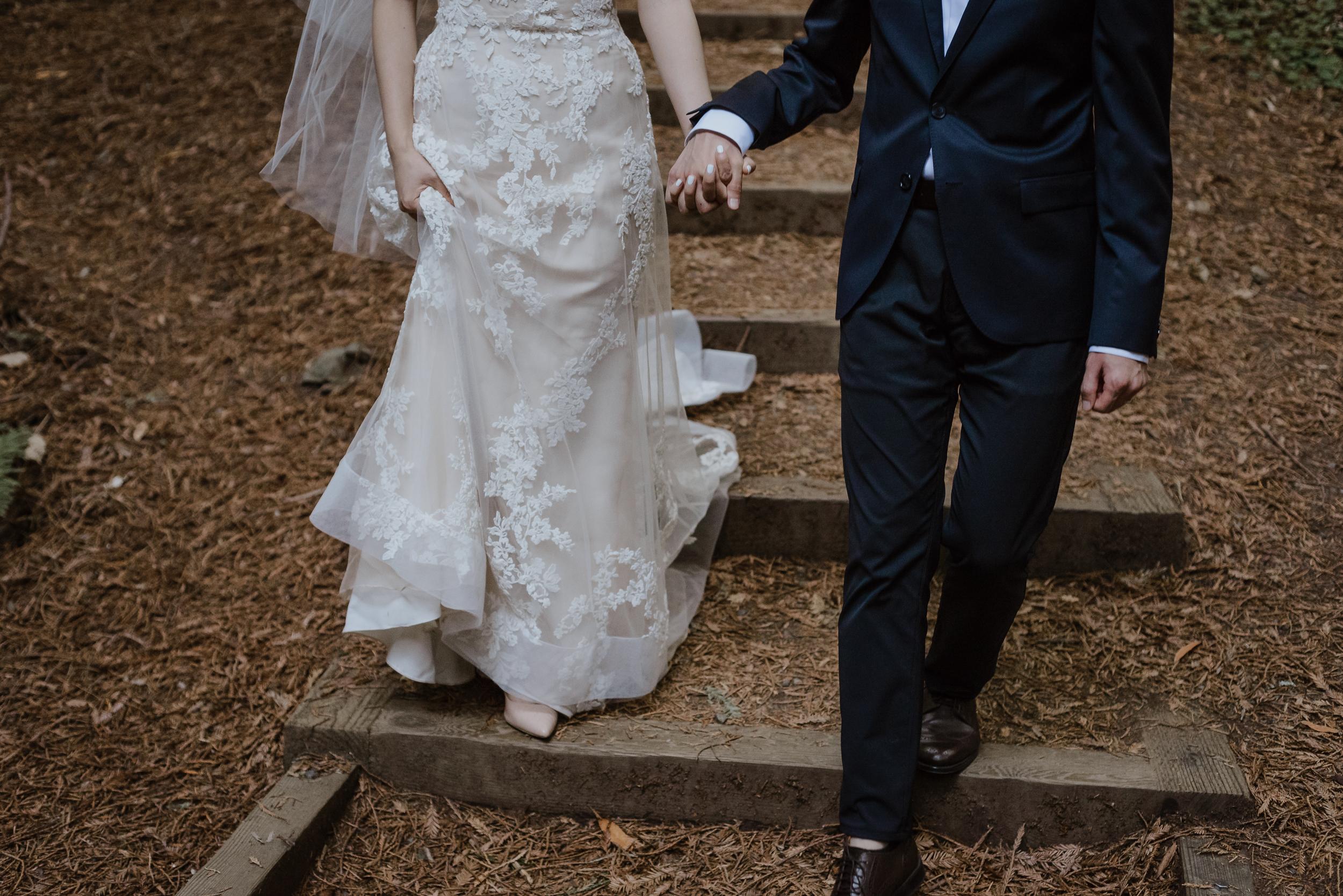 03-muir-woods-wedding-engagement-portrait-session-vivianchen-045.jpg