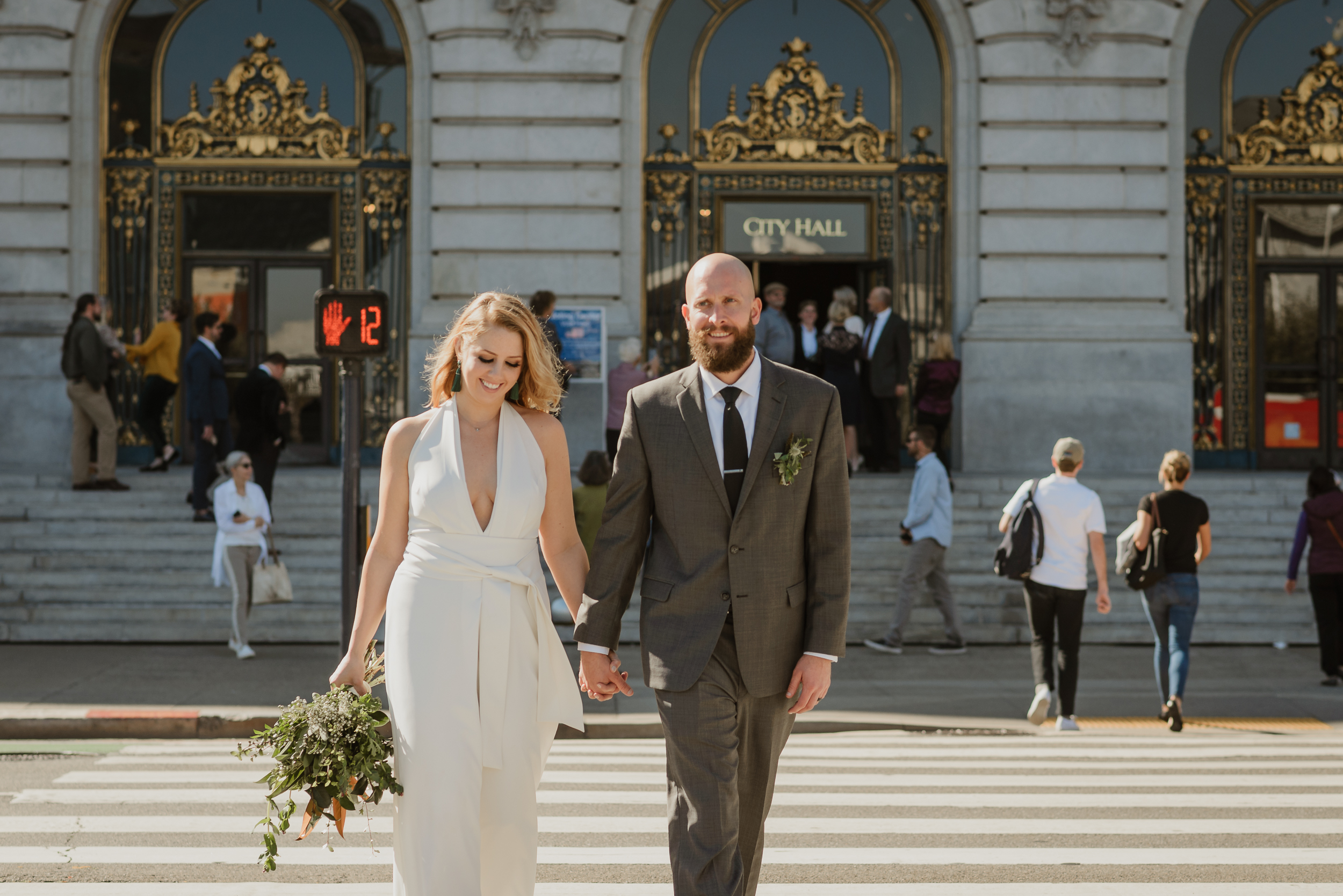 destination-elopement-at-san-francisco-city-hall-vivianchen-276.jpg