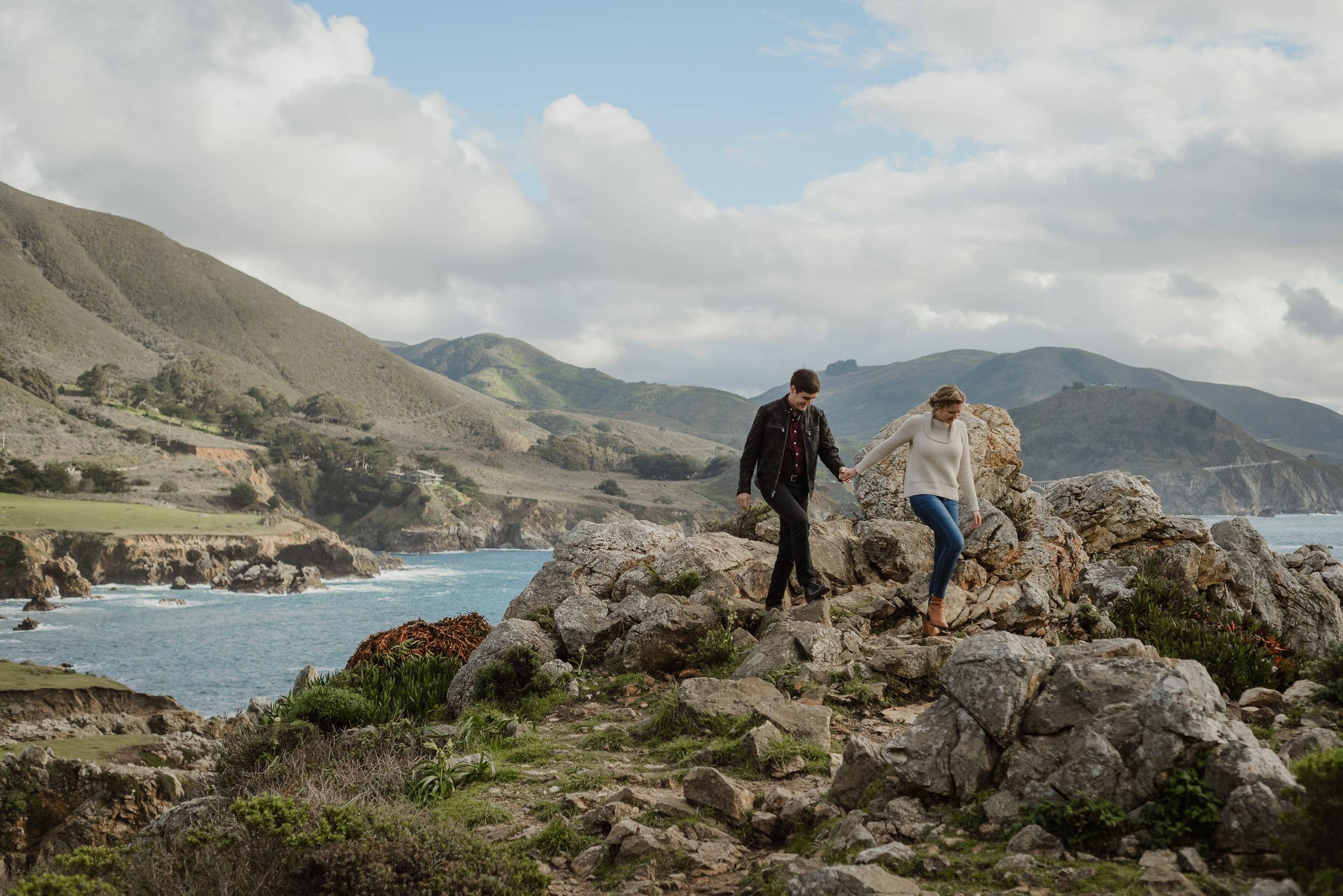 carmel-big-sur-garrapata-state-park-california-coast-engagement-session-vivianchen-036.jpg