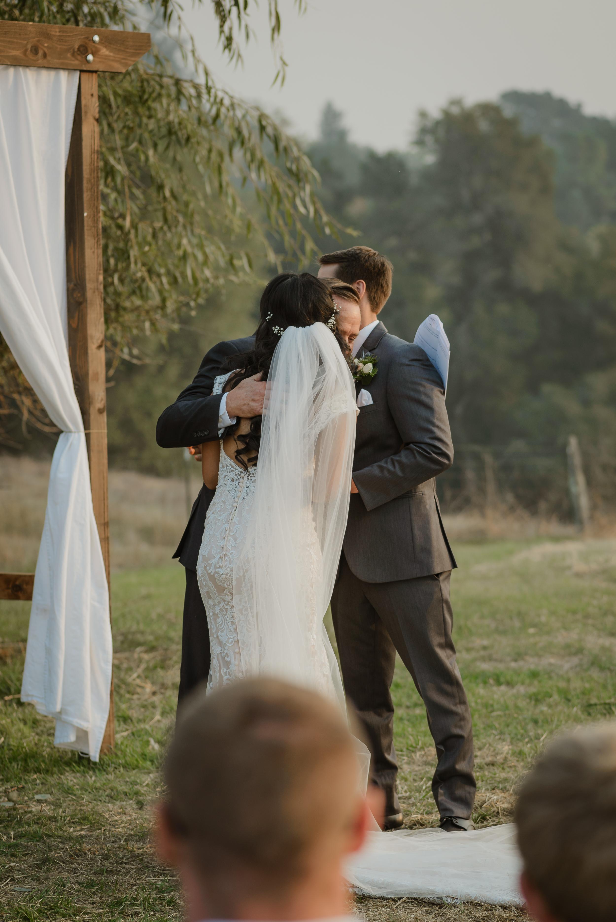045marin-petaluma-backyard-wedding-vivianchen-297.jpg
