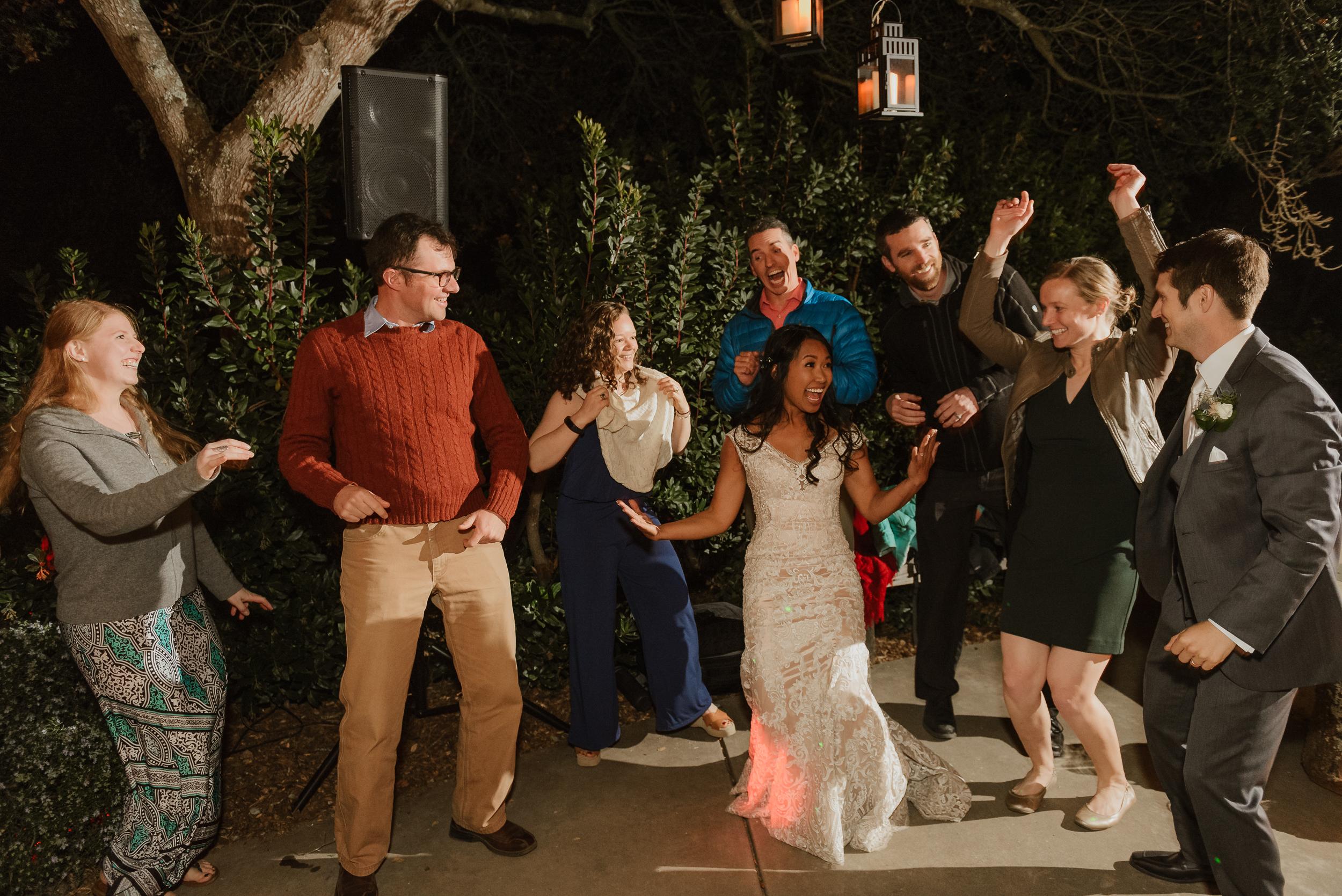 114marin-petaluma-backyard-wedding-vivianchen-703.jpg