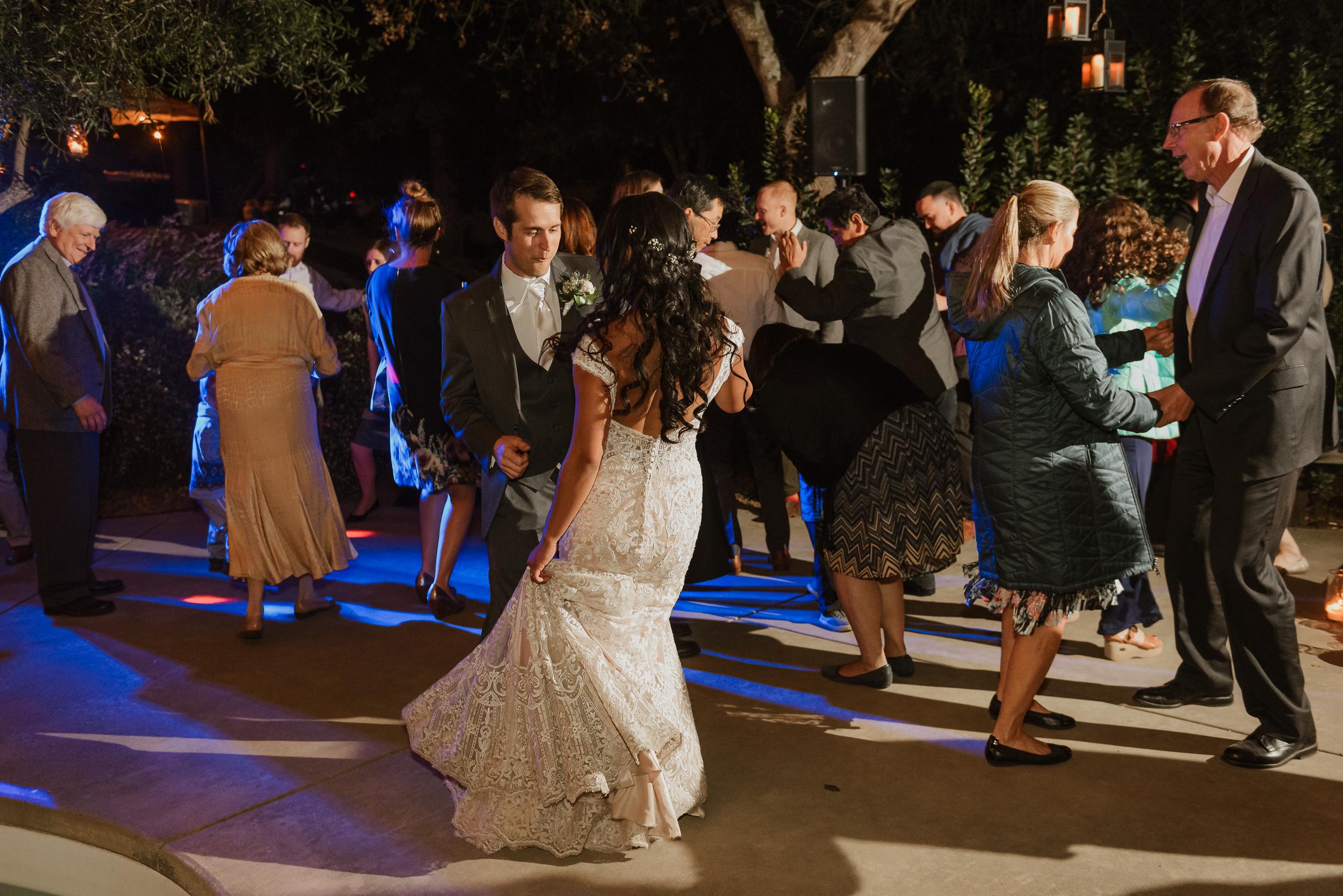 113marin-petaluma-backyard-wedding-vivianchen-698.jpg