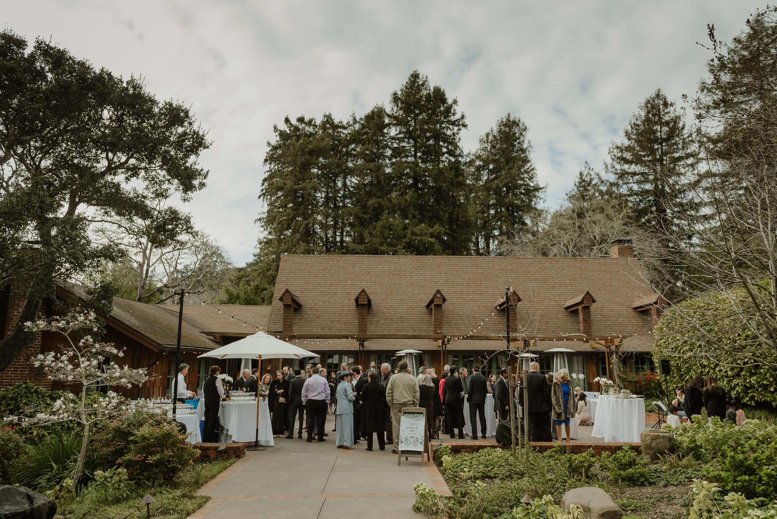013winter-mill-valley-wedding-outdoor-art-club-wedding-vivianchen-093.jpg