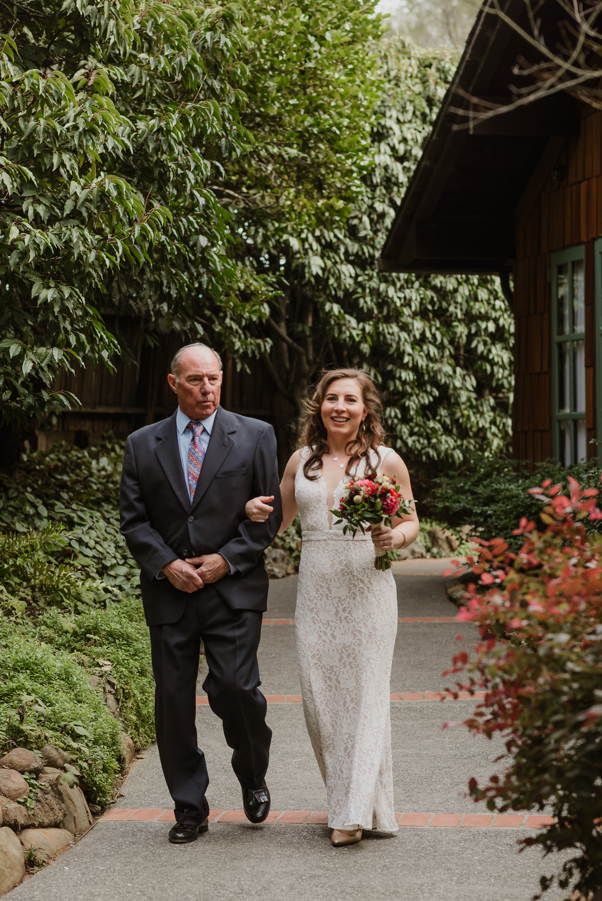 025winter-mill-valley-wedding-outdoor-art-club-wedding-vivianchen-145.jpg
