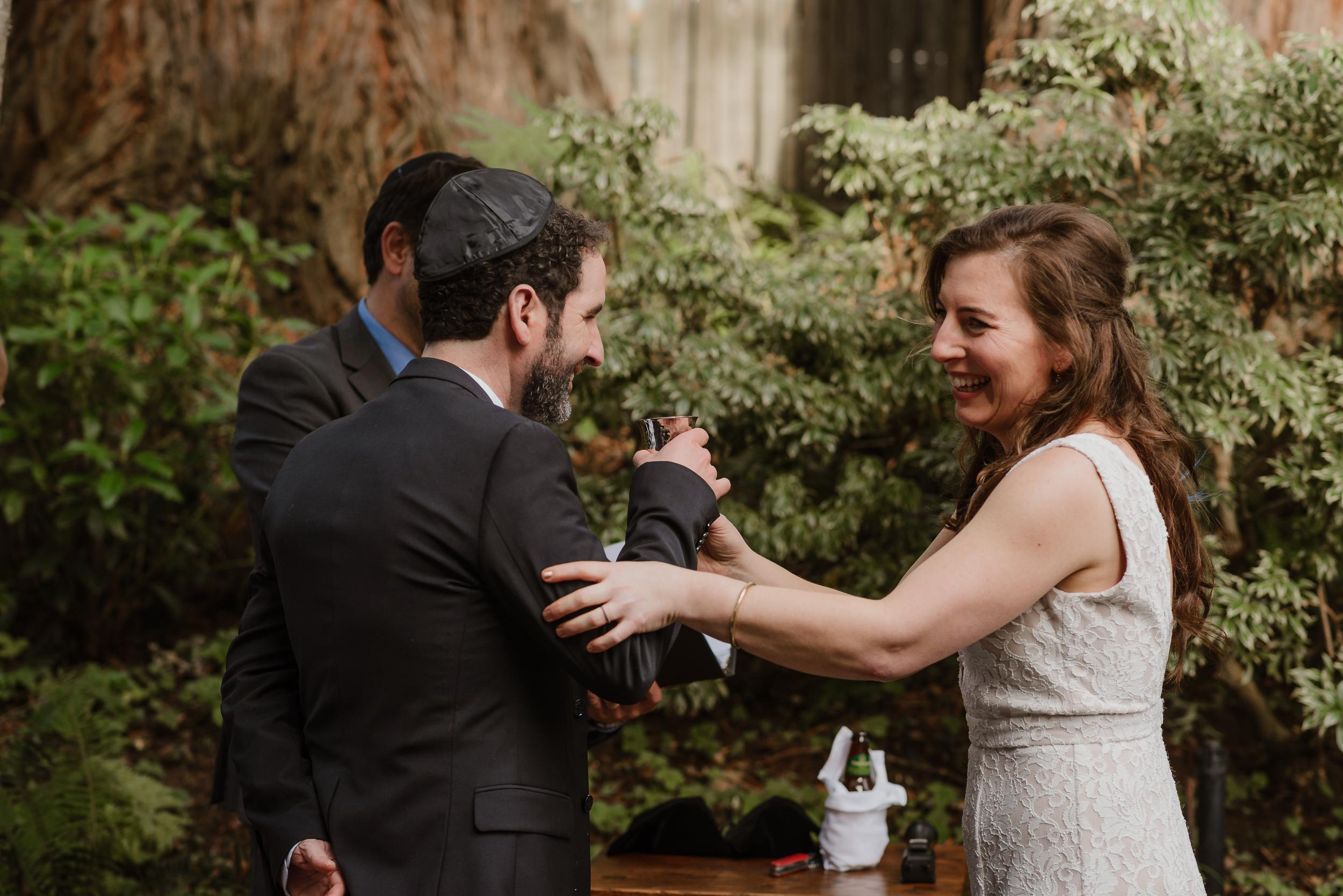 033winter-mill-valley-wedding-outdoor-art-club-wedding-vivianchen-176.jpg