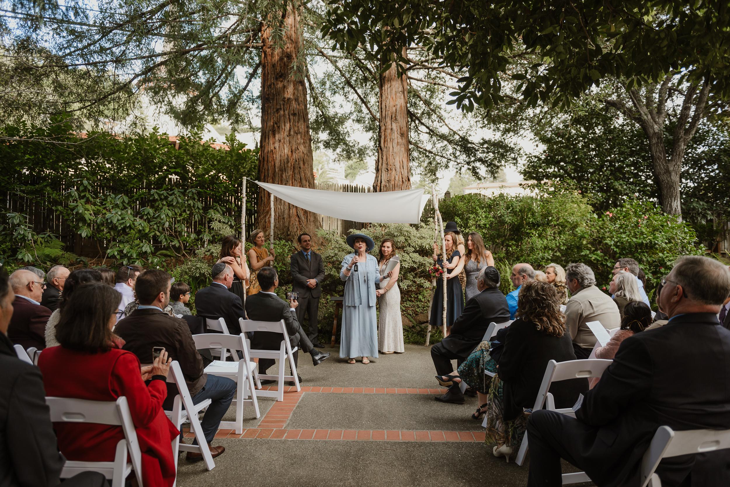 035winter-mill-valley-wedding-outdoor-art-club-wedding-vivianchen-181.jpg