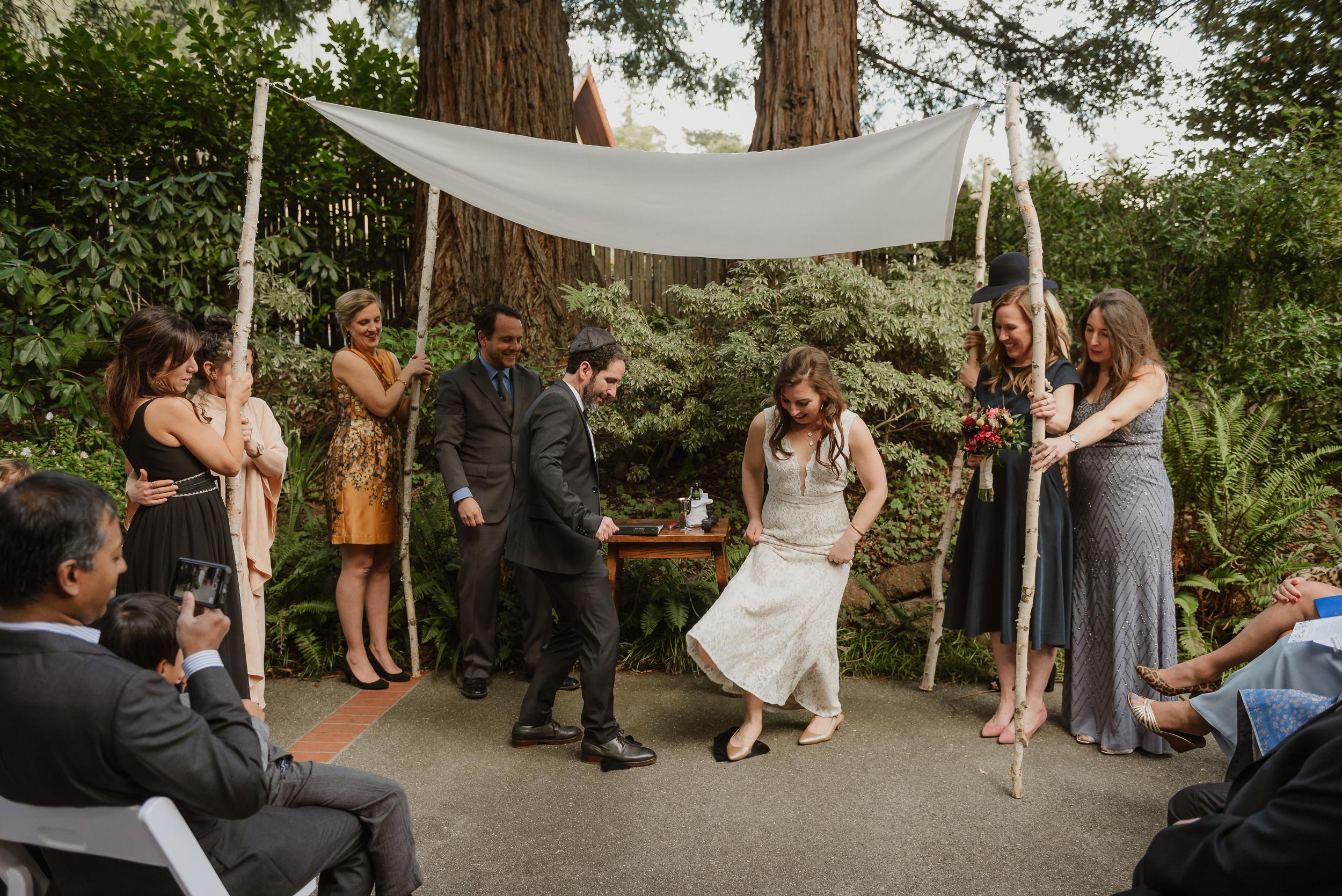 044winter-mill-valley-wedding-outdoor-art-club-wedding-vivianchen-218.jpg