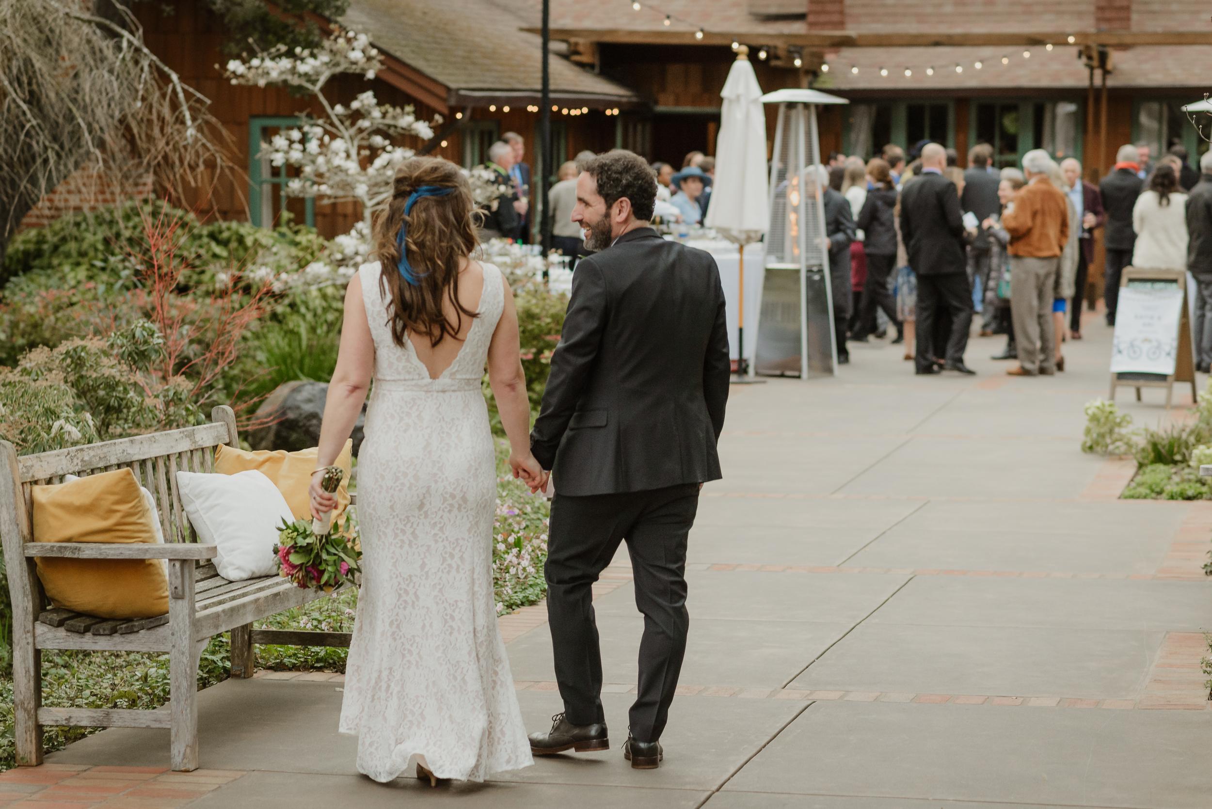 056winter-mill-valley-wedding-outdoor-art-club-wedding-vivianchen-297.jpg