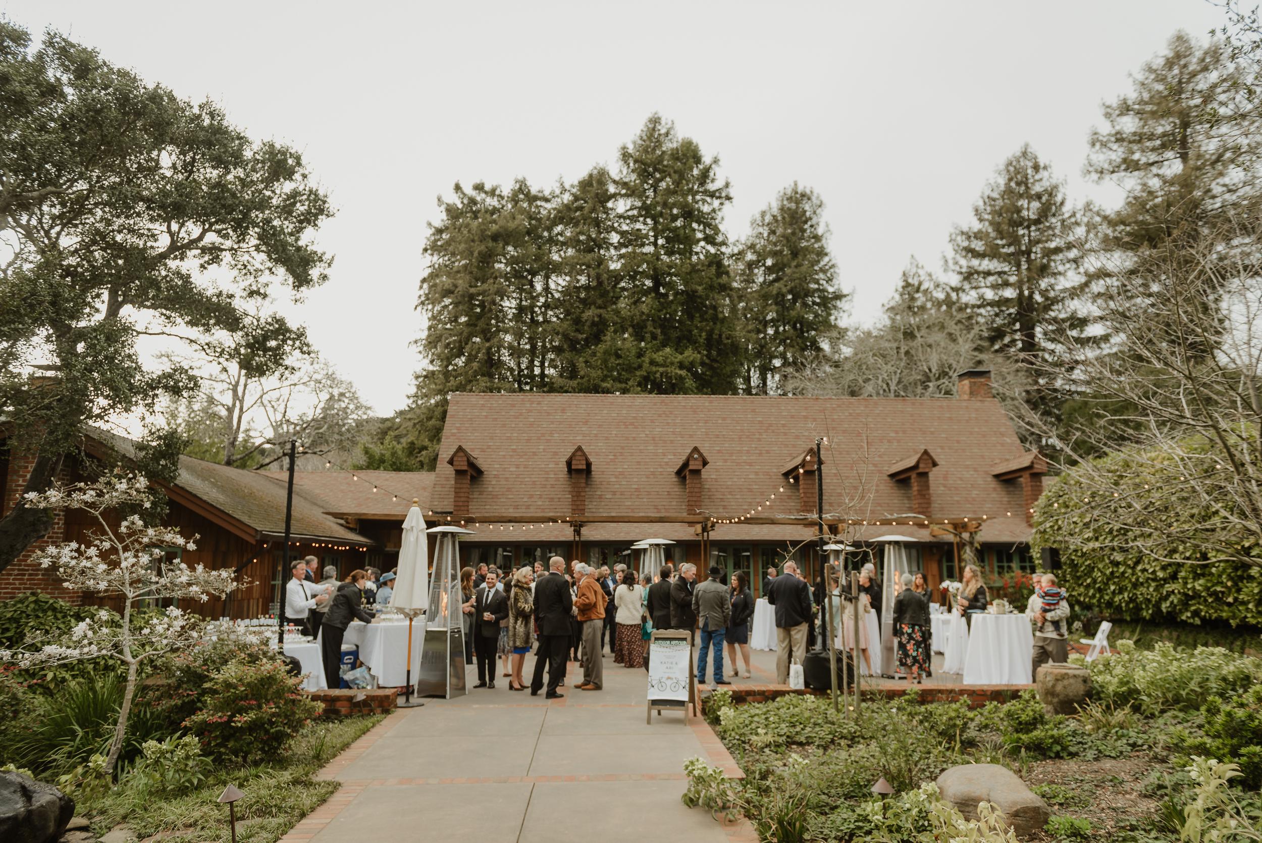 058winter-mill-valley-wedding-outdoor-art-club-wedding-vivianchen-327.jpg