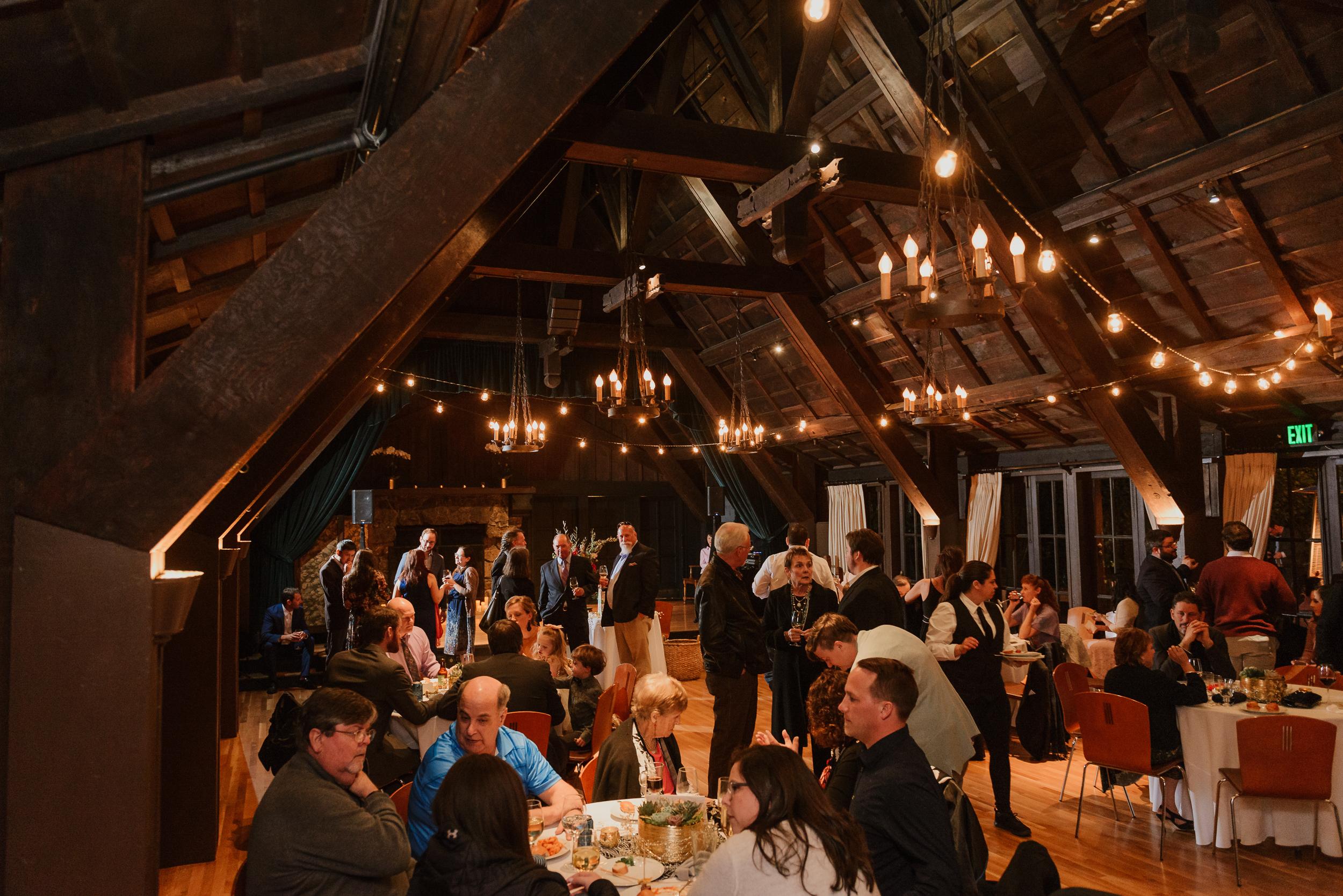 074winter-mill-valley-wedding-outdoor-art-club-wedding-vivianchen-423.jpg