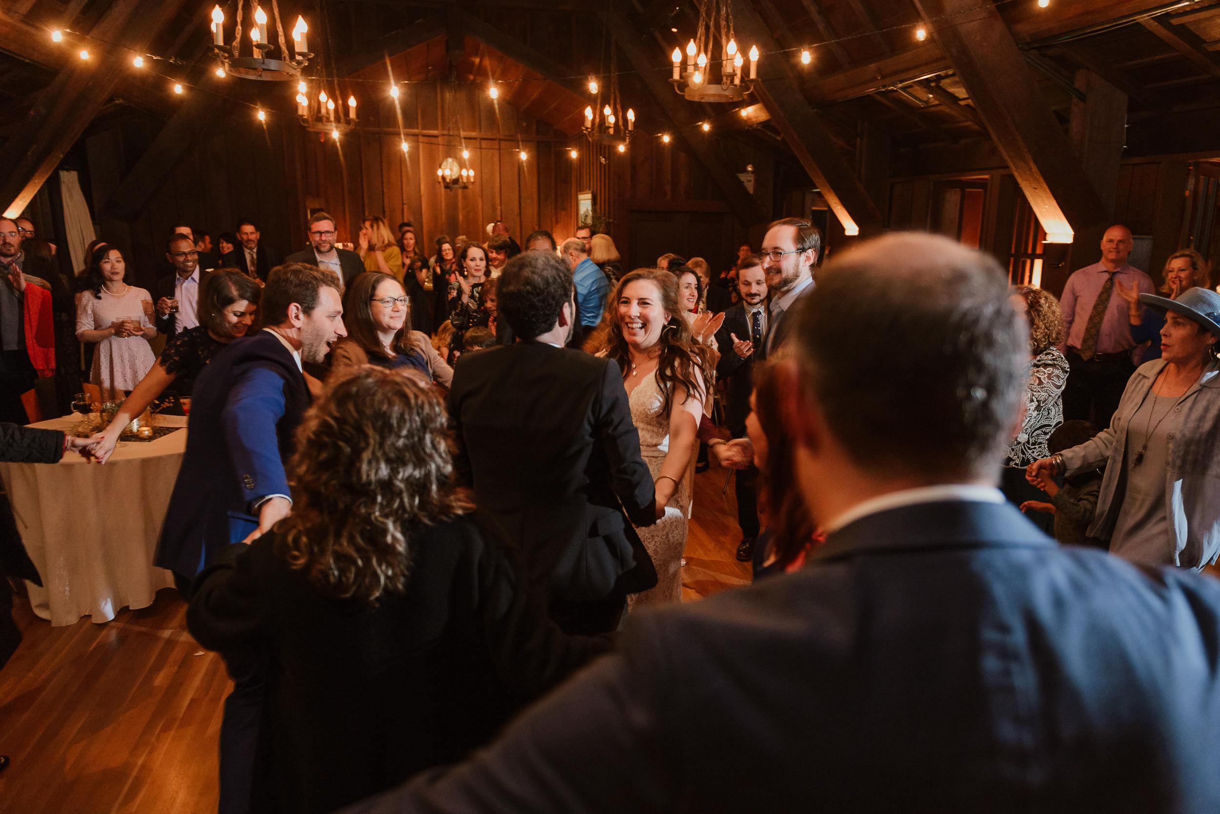 077winter-mill-valley-wedding-outdoor-art-club-wedding-vivianchen-445.jpg