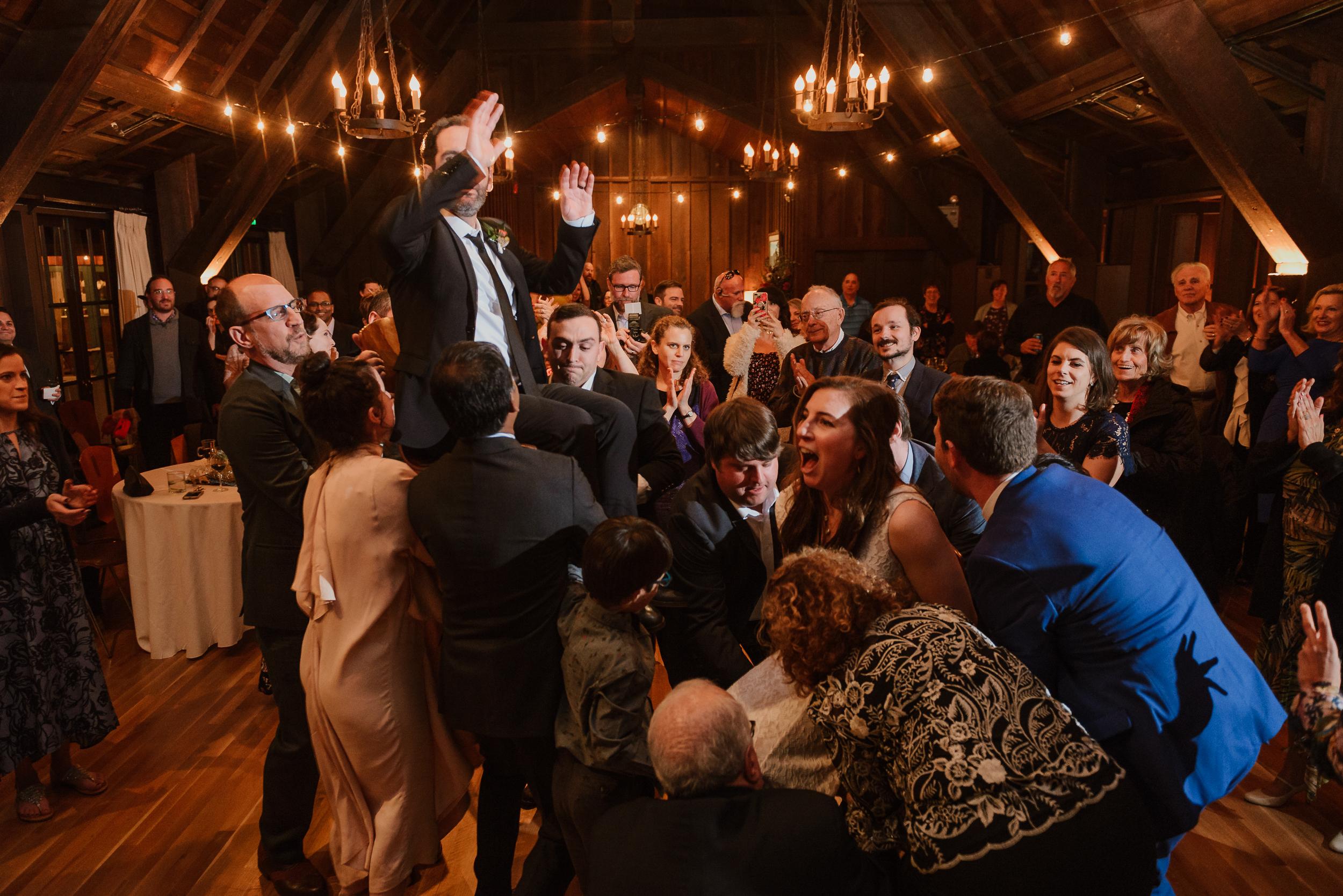 079winter-mill-valley-wedding-outdoor-art-club-wedding-vivianchen-449.jpg