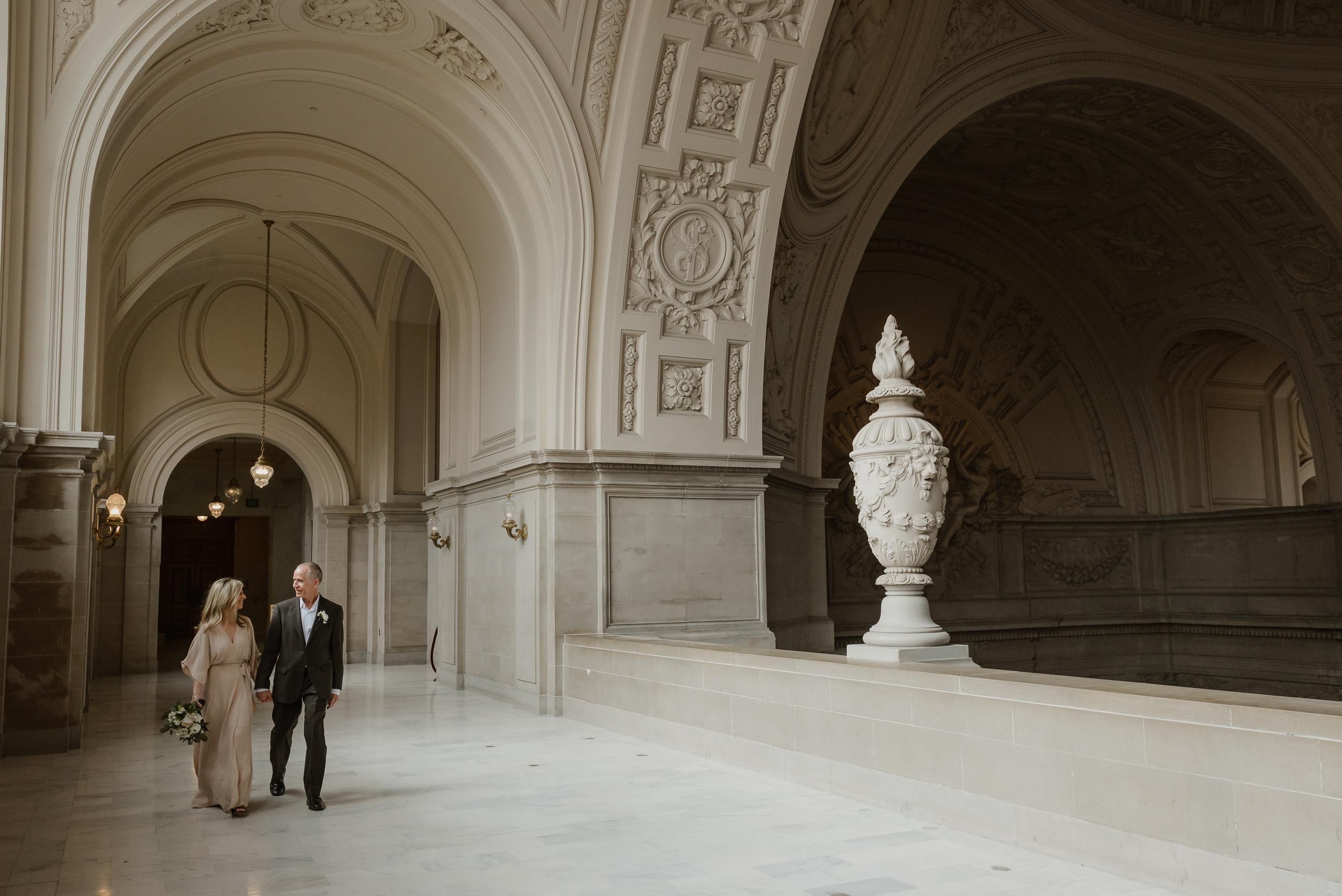 28san-francisco-city-hall-elopement-vivianchen-159.jpg