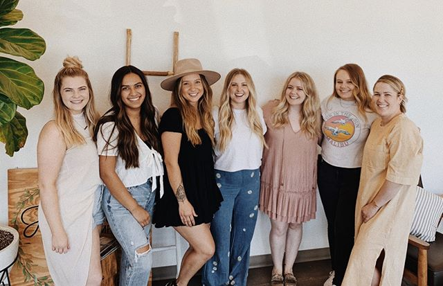 TEAM; the thing that makes a business a business. These girls filling our walls with joy, success, support, gratitude, determination, success, STRENGTH. This is Hainsworth & Co. ⠀⠀⠀⠀⠀⠀⠀⠀⠀ ⠀⠀⠀⠀⠀⠀⠀⠀⠀ I'm reminded every single day why I am in this position and how I can truly make my mark in this industry. When I see these girls successful and progressing I'm not just their career but in their family and personal lives. It makes me feel like I'm exactly where I'm meant to be. ⠀⠀⠀⠀⠀⠀⠀⠀⠀ ⠀⠀⠀⠀⠀⠀⠀⠀⠀ We had the PLEASURE of bringing on a new team member yesterday! Francesca is our new (and first!) Full Time Receptionist @hainsworthcosalon ; Francesca and I have an intertwined story that just has proved she has found her way to the team and new family that is welcoming her with open arms. ⠀⠀⠀⠀⠀⠀⠀⠀⠀ ⠀⠀⠀⠀⠀⠀⠀⠀⠀ A SYMBOL of so many things for this team and this business. Now... what will her H&Co. nick name be?? @ehains24 has his work cut out for him. ⠀⠀⠀⠀⠀⠀⠀⠀⠀ ⠀⠀⠀⠀⠀⠀⠀⠀⠀ We love and adore you already Francesca! My heart is full and ready to BURST! Make sure you say hi next time you're in the salon to help welcome Francesca. Progress is in the making guys!