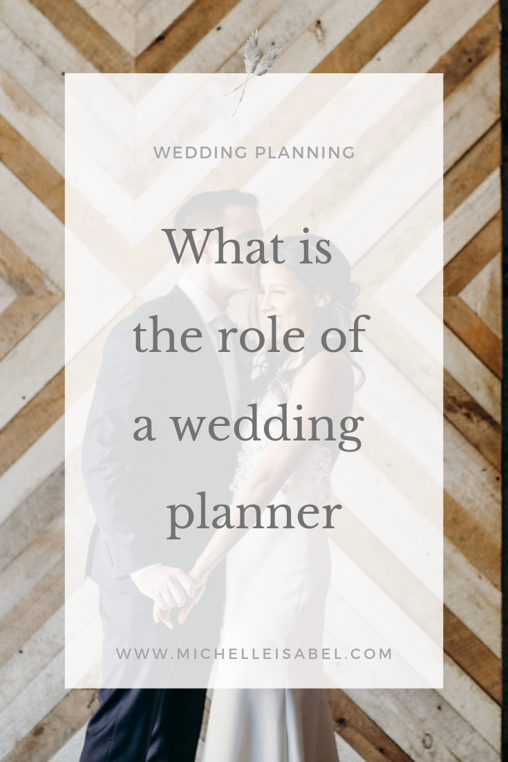 what-is-the-role-of-a-wedding-planner.png
