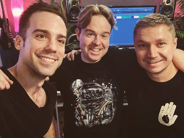Just finished 4 pop bangers for @whoismaikee with StuartStuart. Nice work legends 👌 #brisbanemusicproducer #brisbanemusicscene #australianmusicscene #popmusic