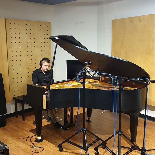 Doing some #pianorecording and production this morning at JMC Academy Brisbane. #kawai